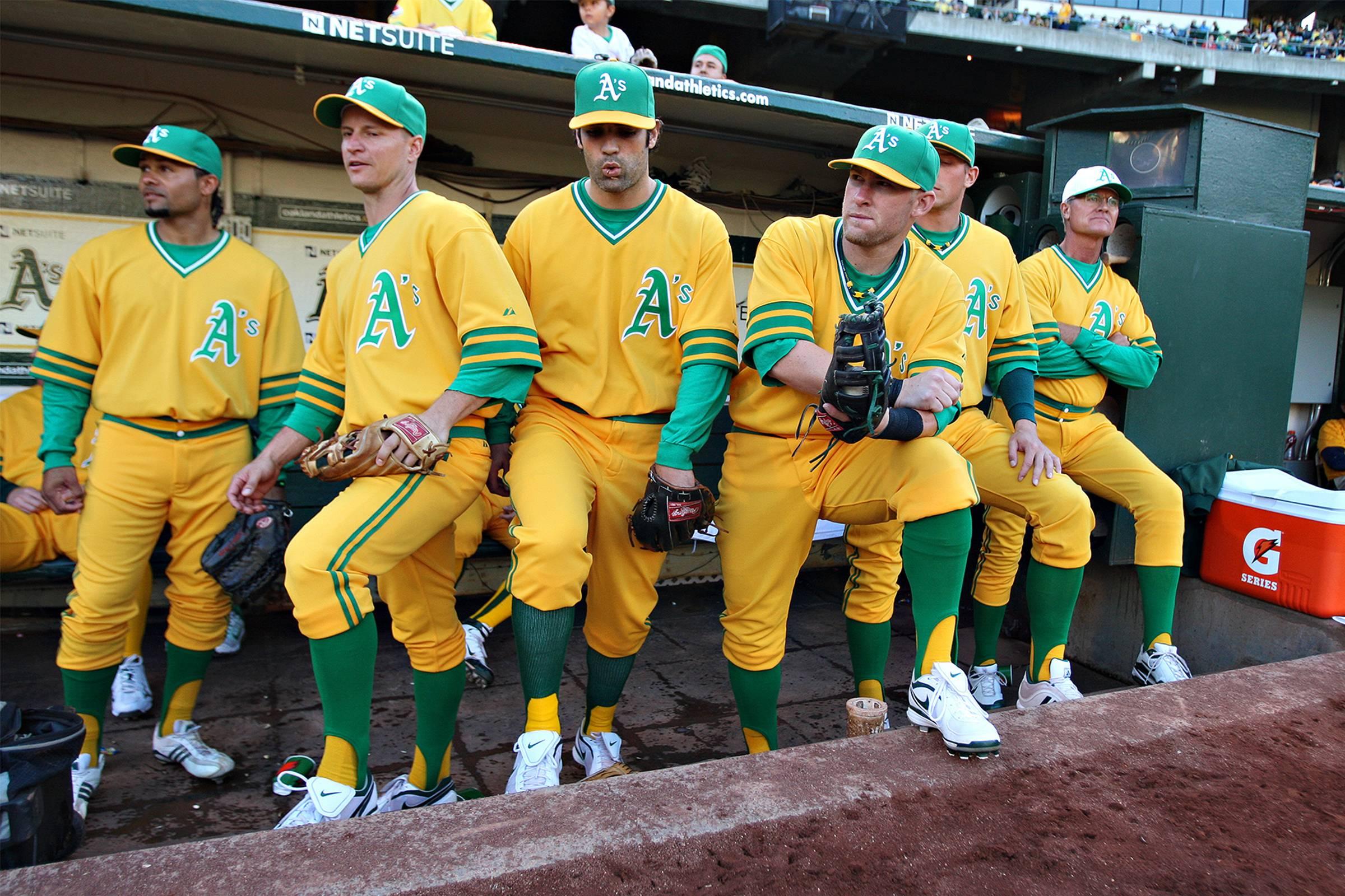 "Oakland Athletics ""throwback"" Jersey, 2017"