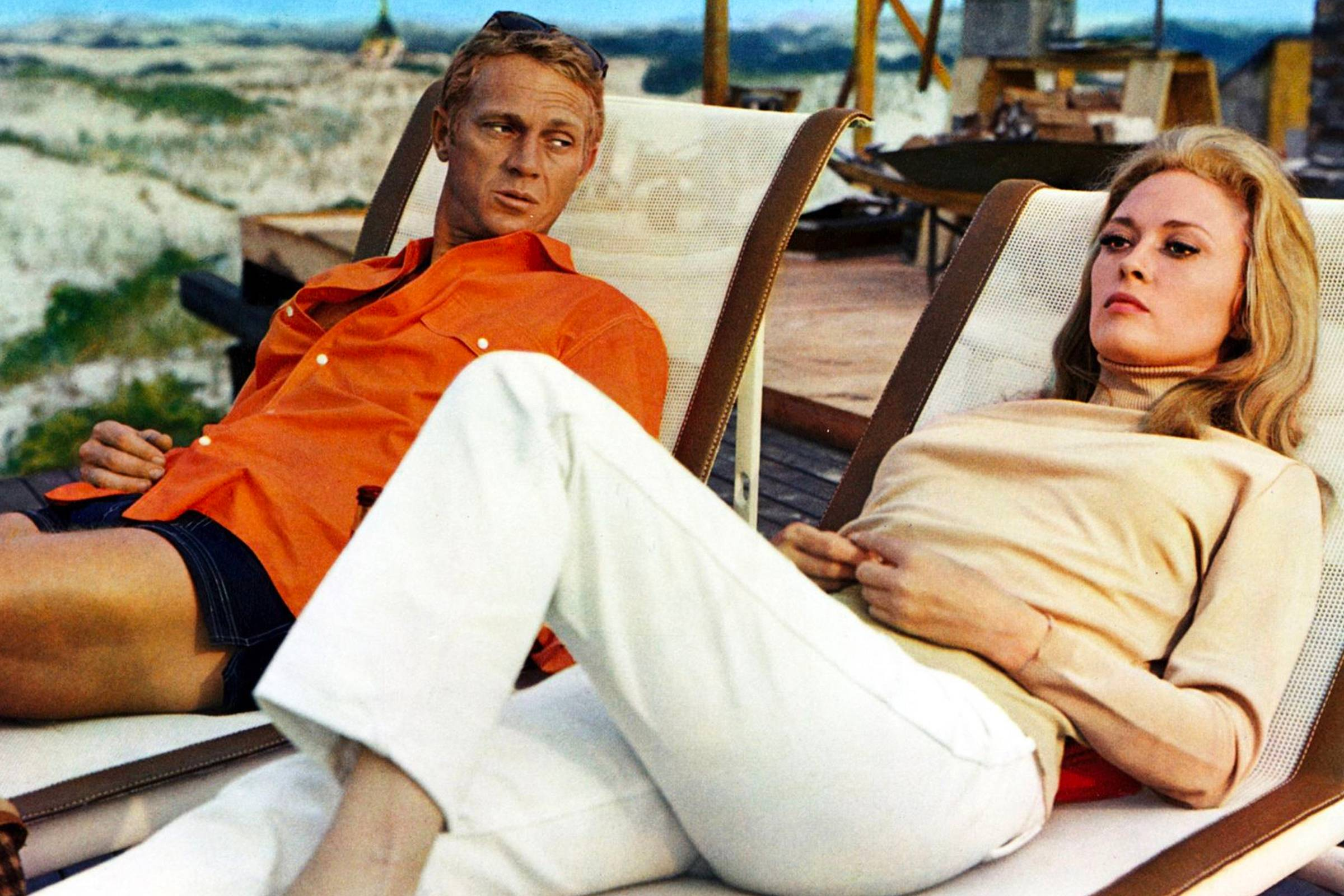 A Tale of Two Affairs: Comparing the Fashion of The Thomas Crown Affair (1968) to The Thomas Crown Affair (1999)
