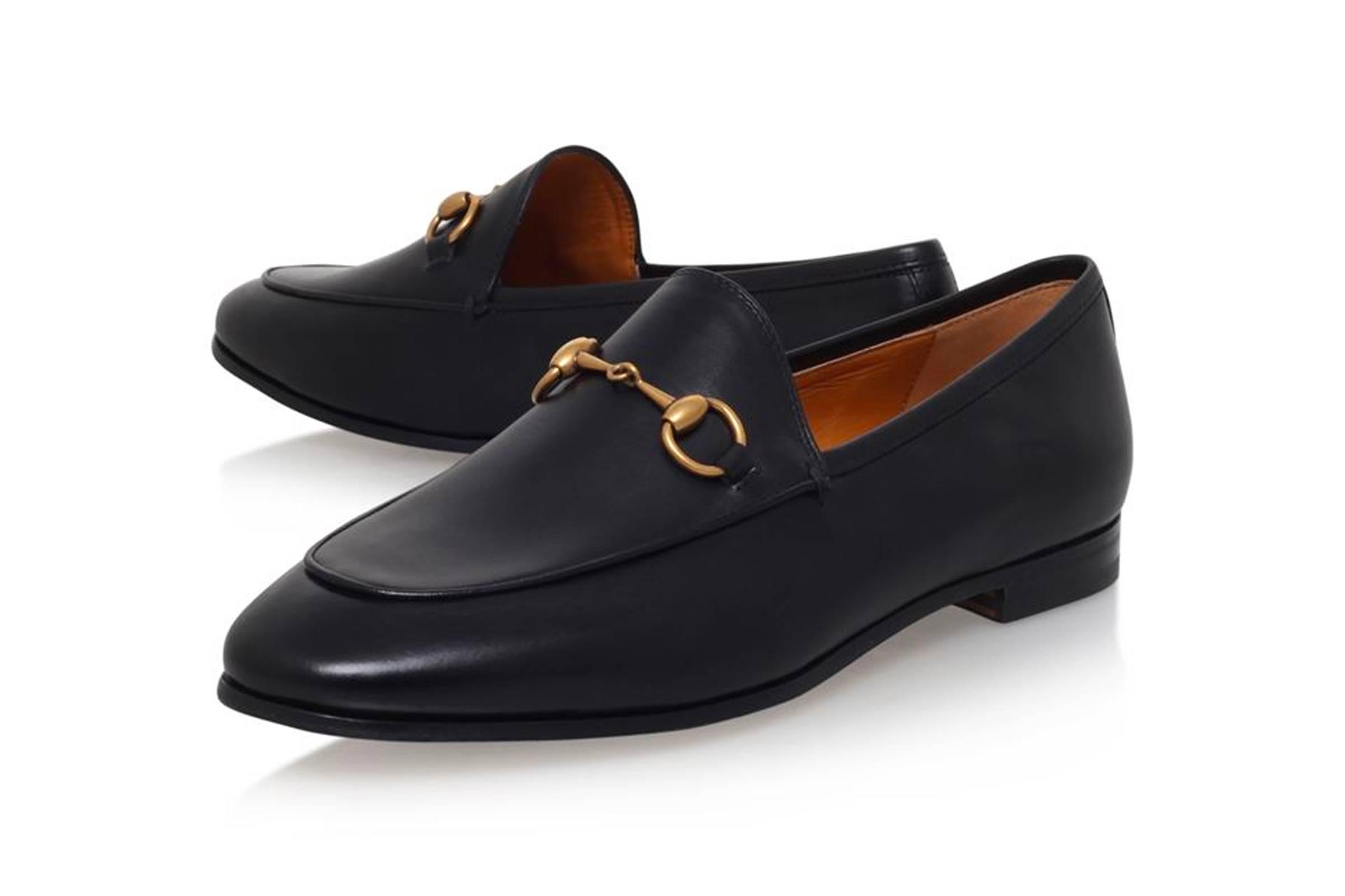 Hard-Bottom Shoe