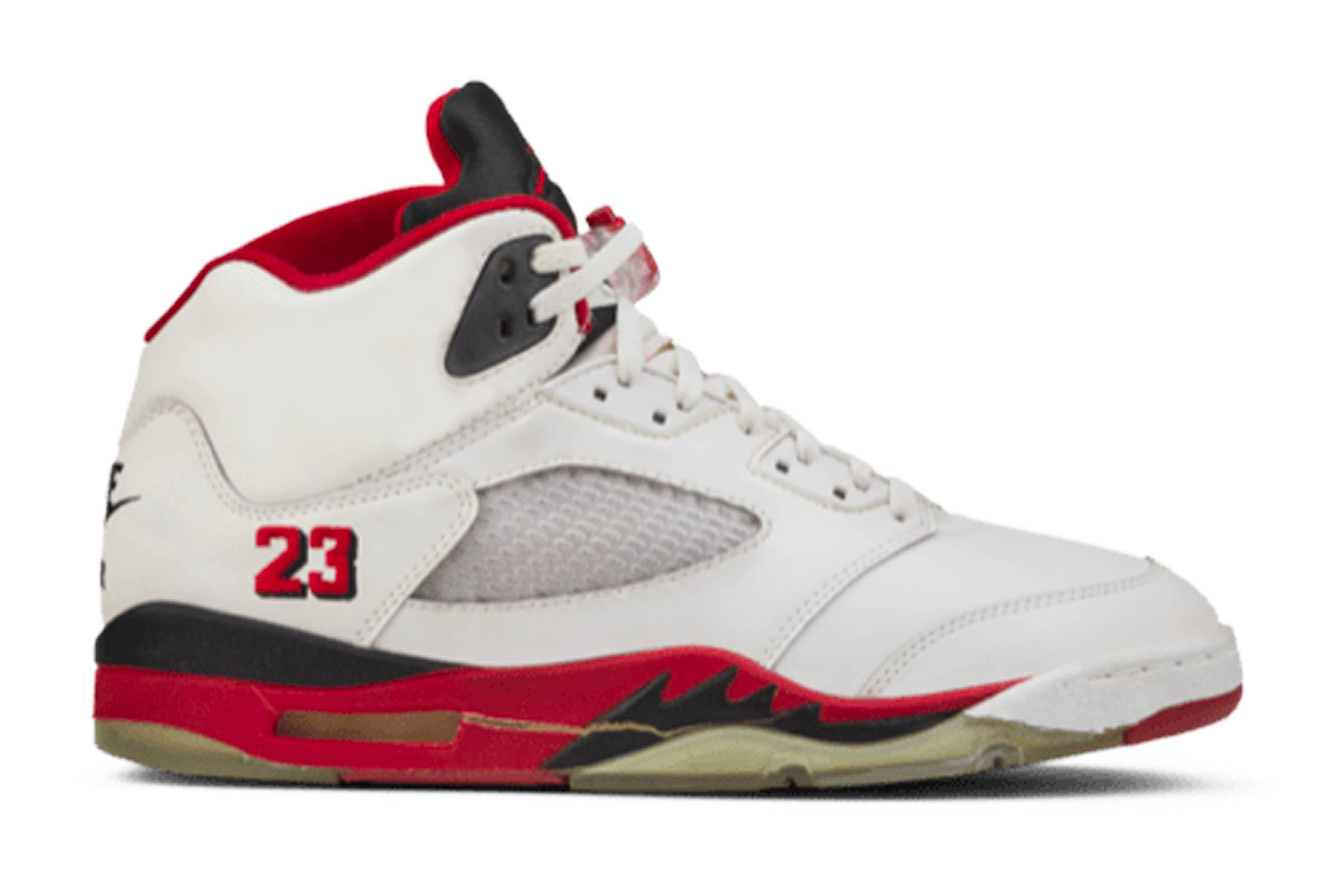 """Jordan V """"Fire Red"""""""