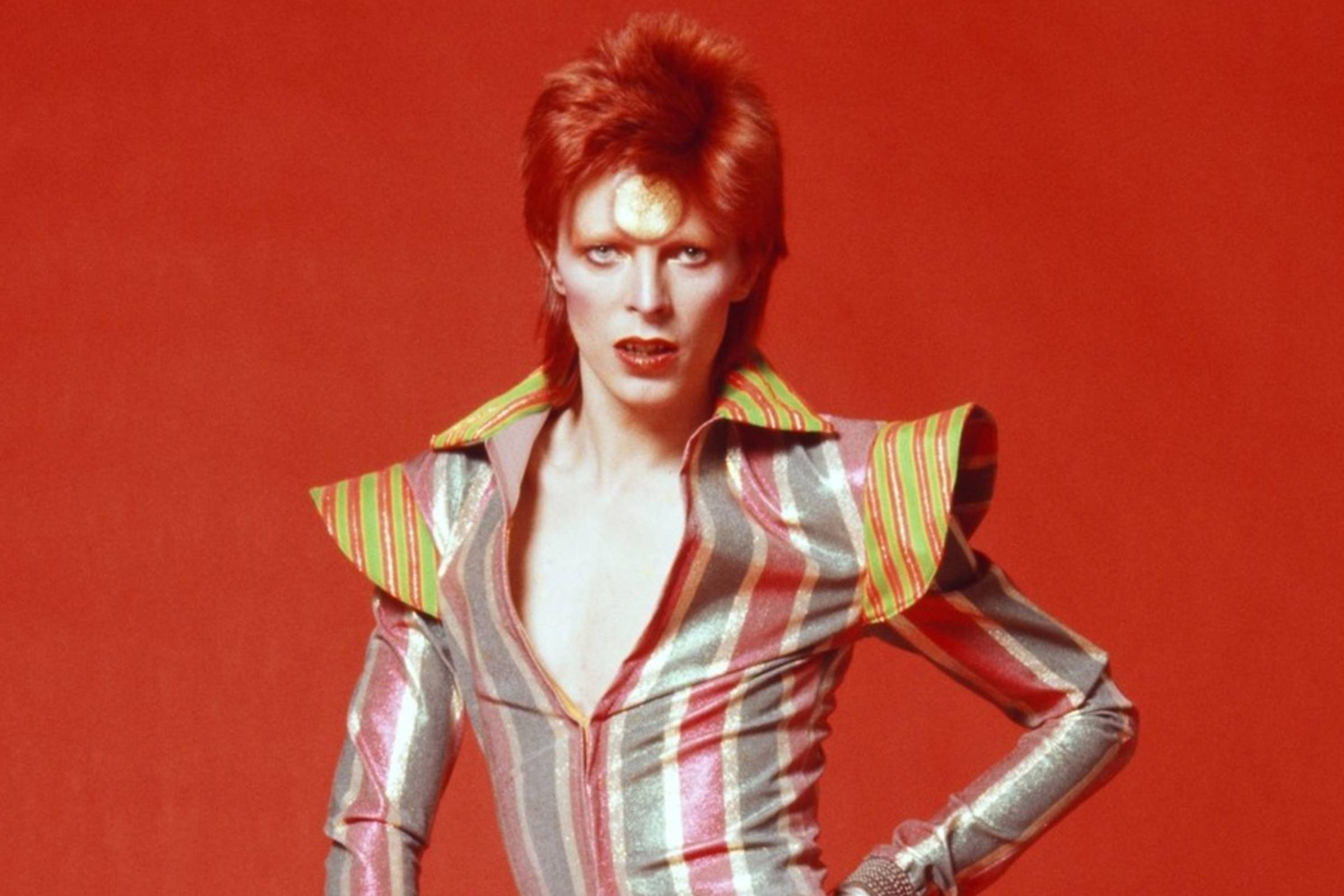 1ea200a54e7 Starman  David Bowie s Style Odyssey - David Bowie Fashion History ...