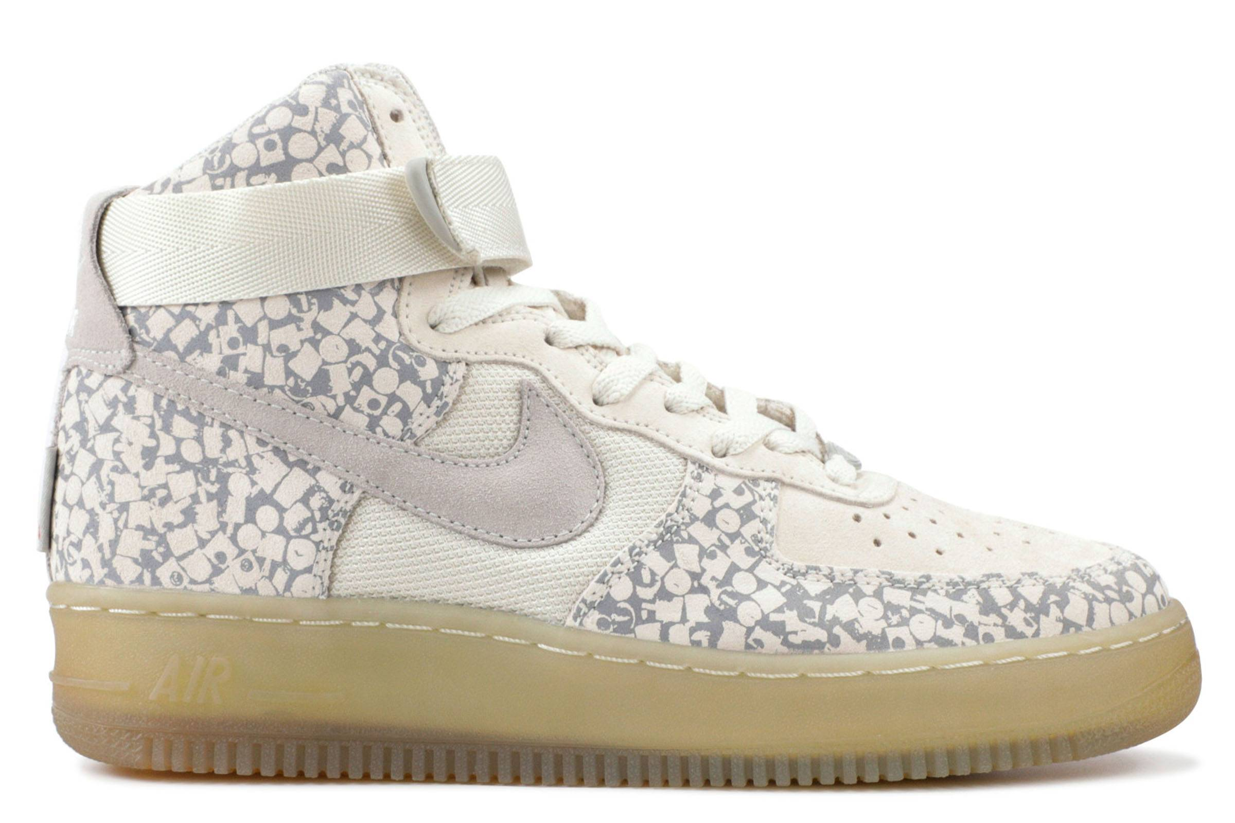 meet 8ac55 3862a In December 2006, at Nikes One Night Only event, the Nike x Stash Air  Force 1 High was voted the greatest Air Force 1 of all-time.