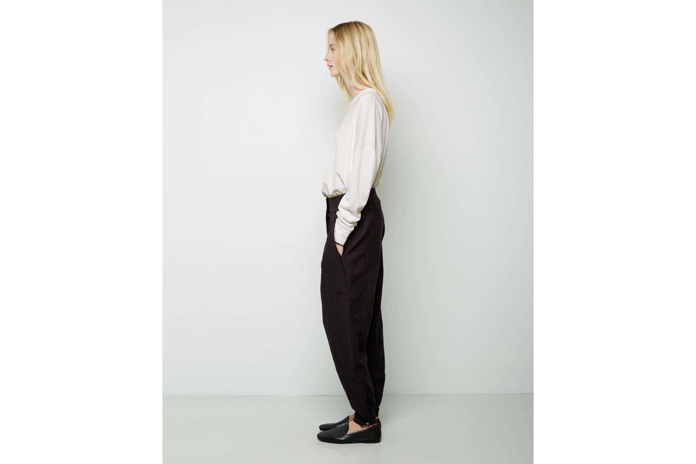7acbb9bd Probably the most difficult of the lot, pants are a struggle for most women  to buy online period. However, with everyone coming in different shapes and  ...