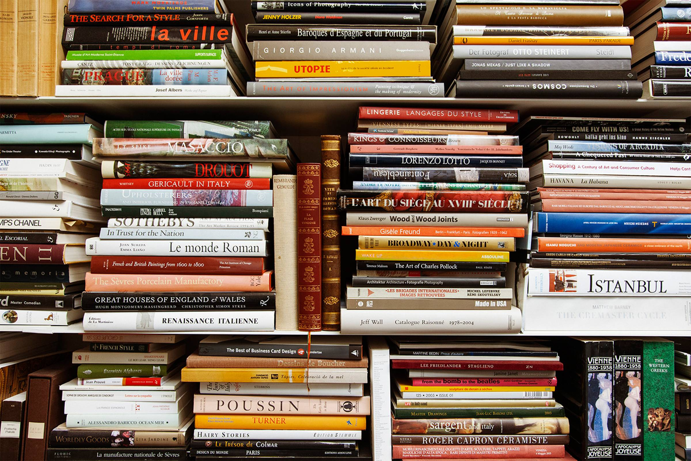 The Ultimate Fashion Reading List