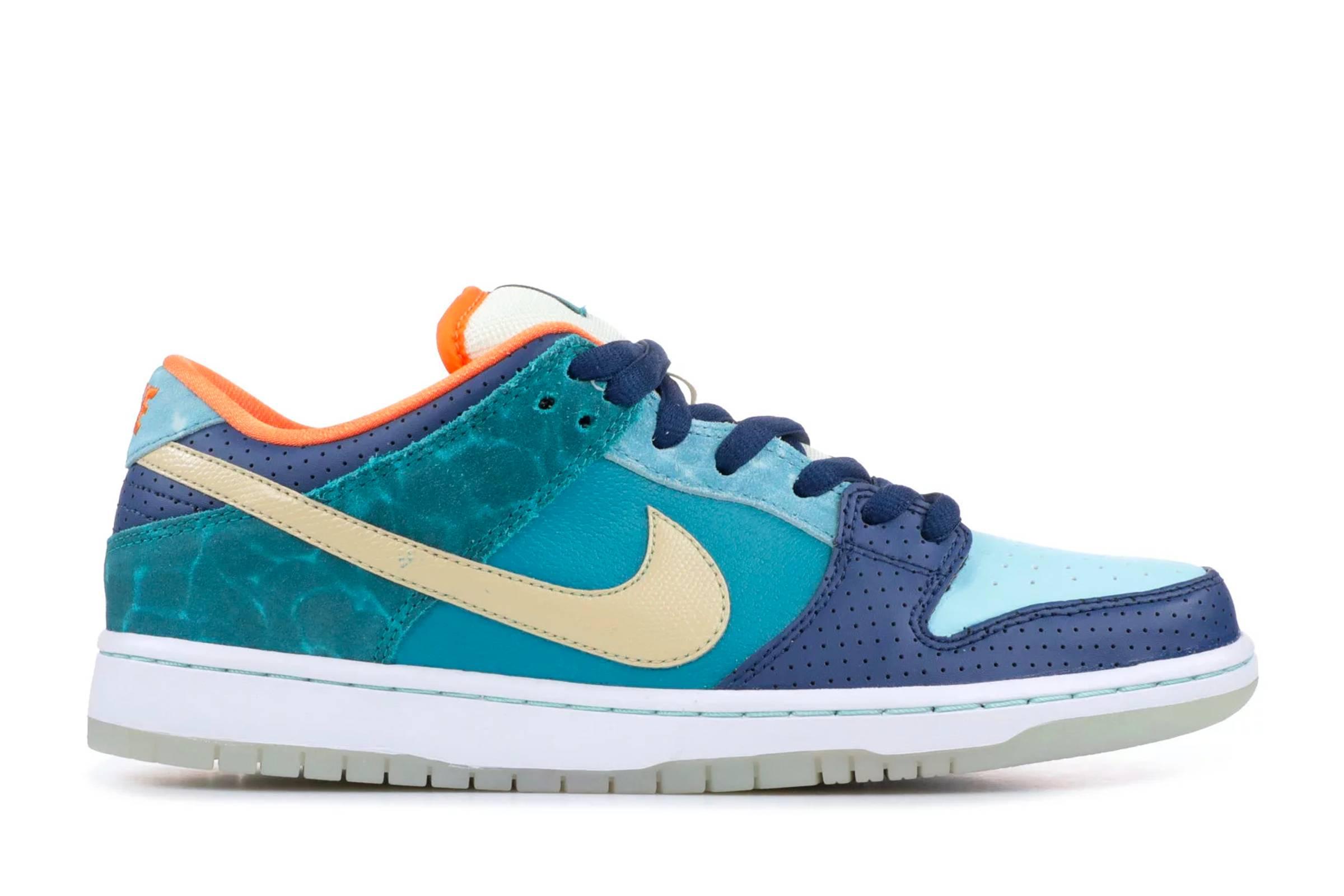 "Nike SB Dunk Low Premium QS ""Mia Skate Shop 10th Anniversary"""