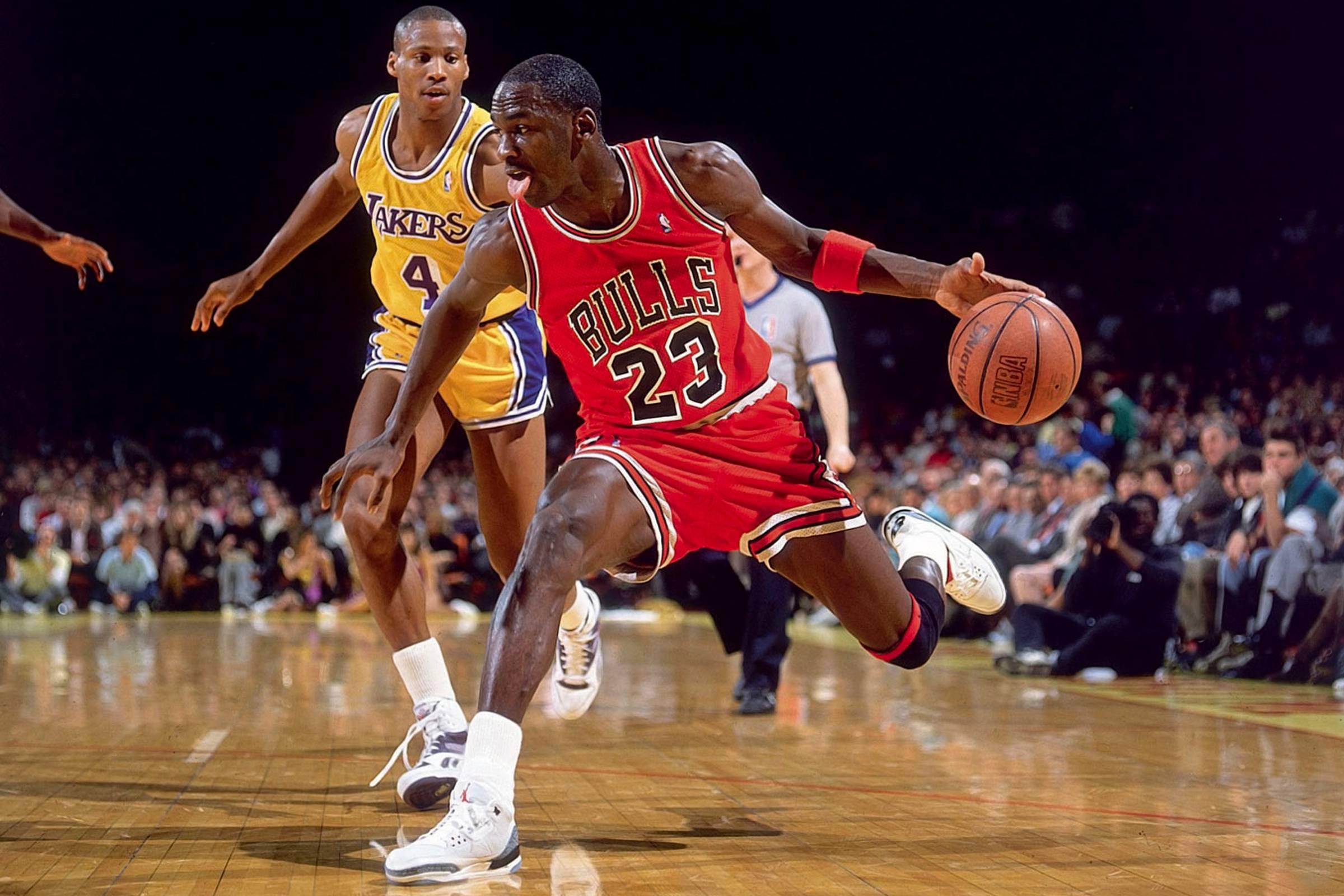 Michael Jordan's Best On-Court Sneaker Moments