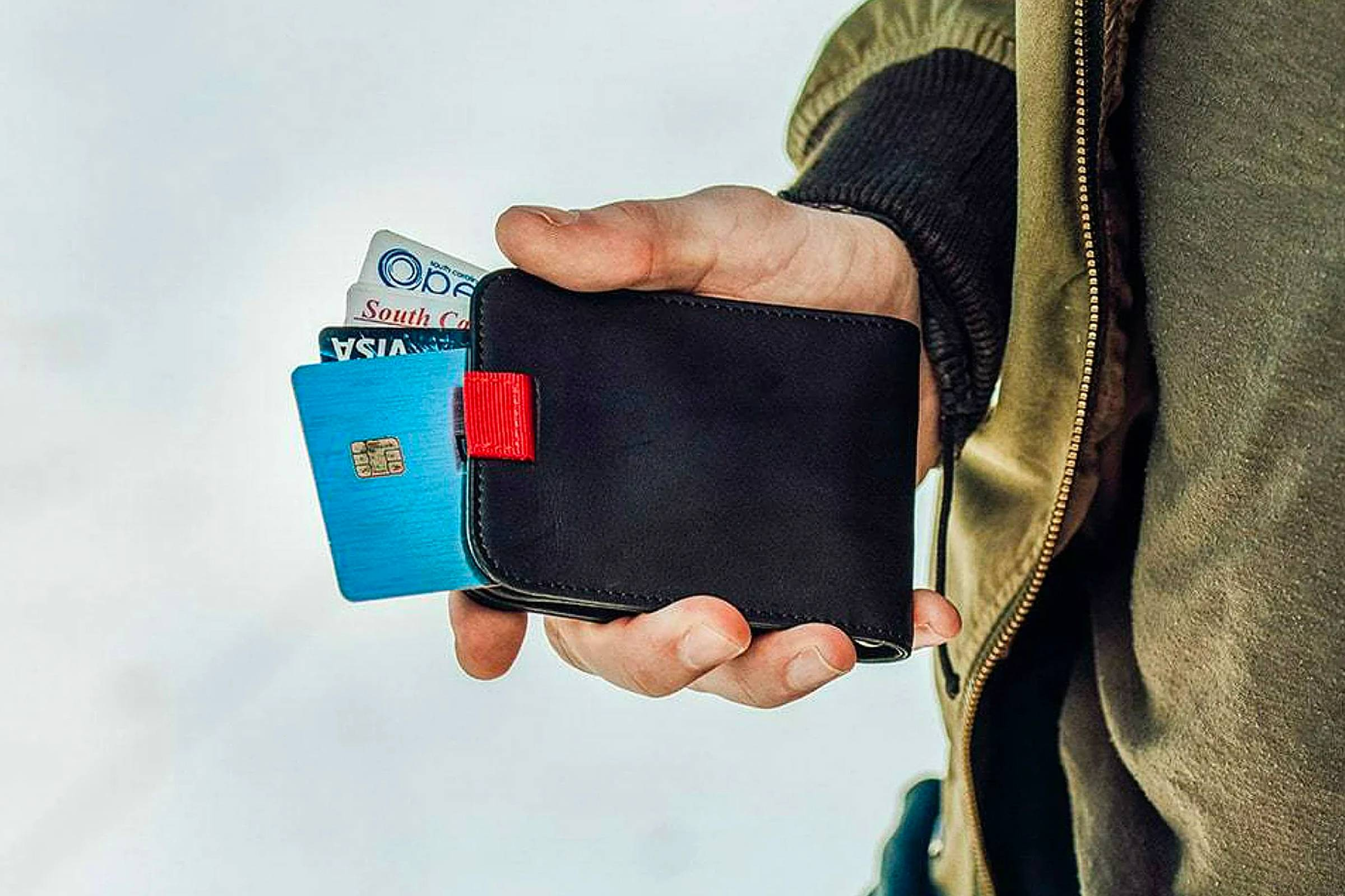 Bifold Wallets and Cardholders