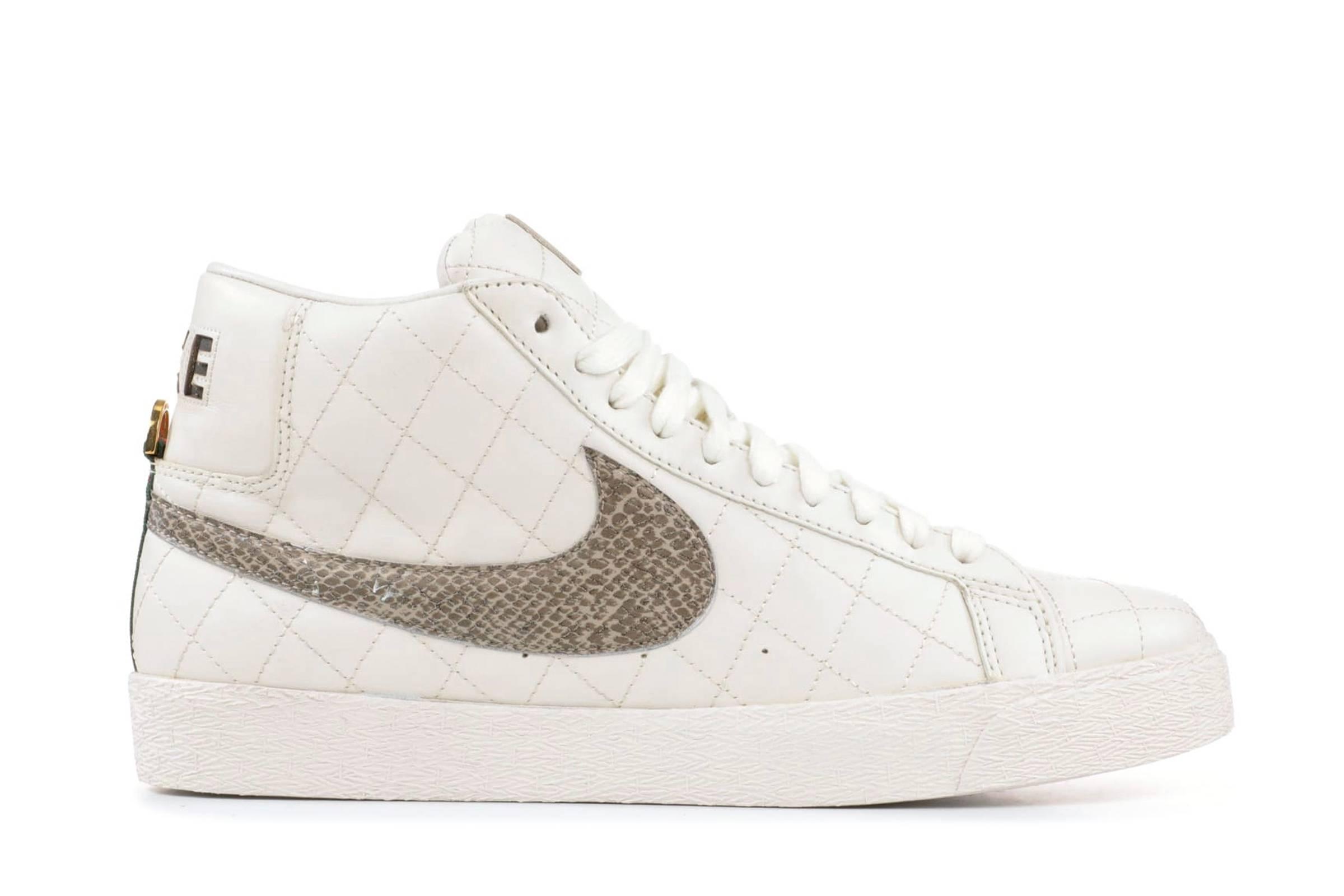 Supreme x Nike Nike SB Blazer (2006)
