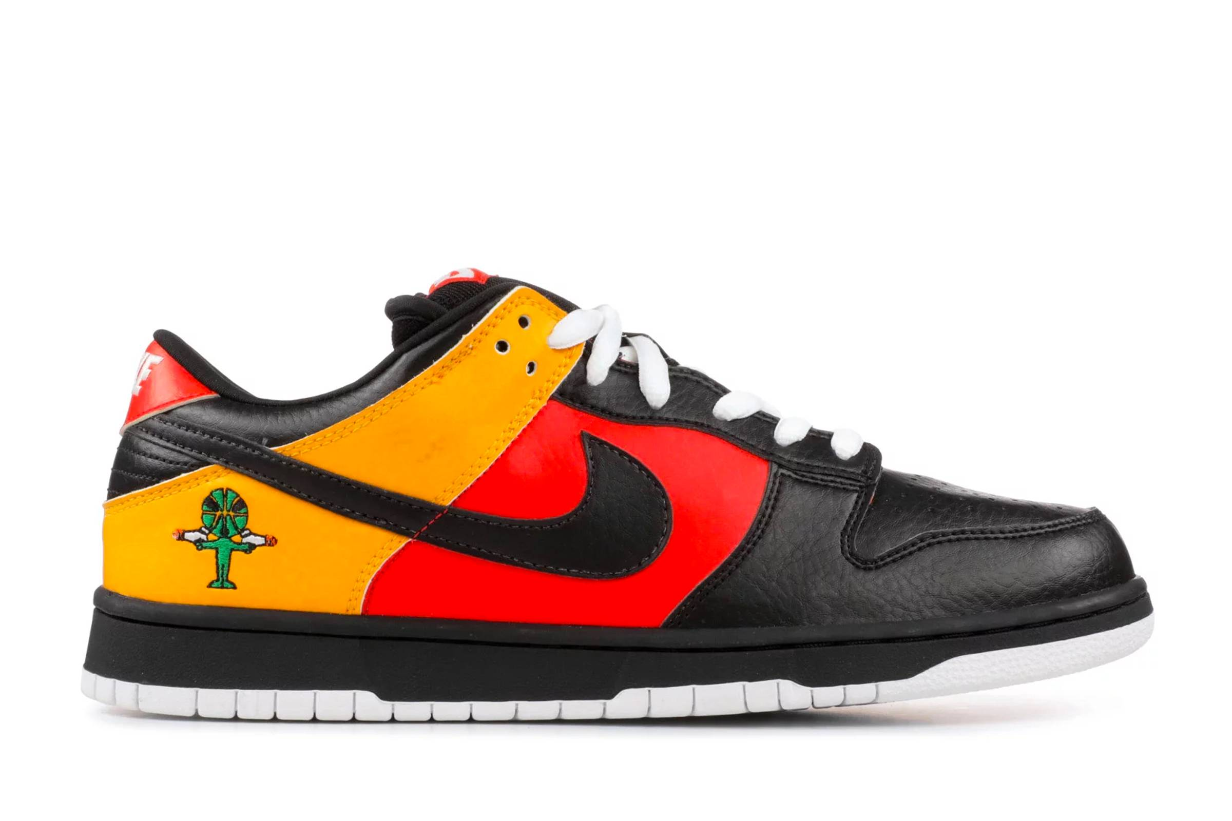 "Nike SB Dunk Low ""Rayguns"""