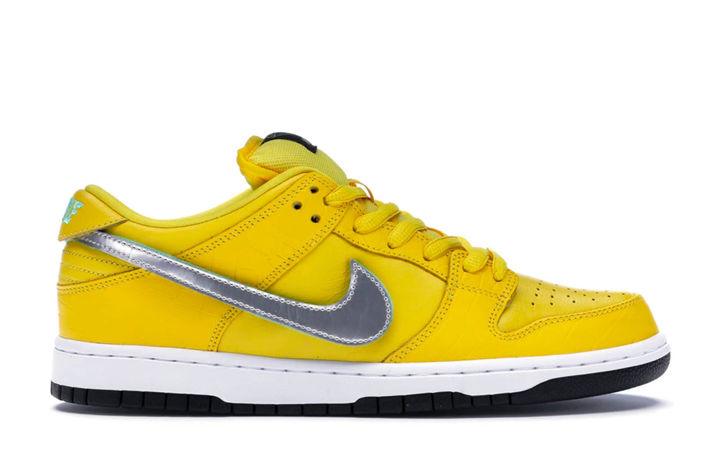 "Diamond Supply Co. x Nike SB Dunk Low ""Canary Dunk"" (Friends and Family)"