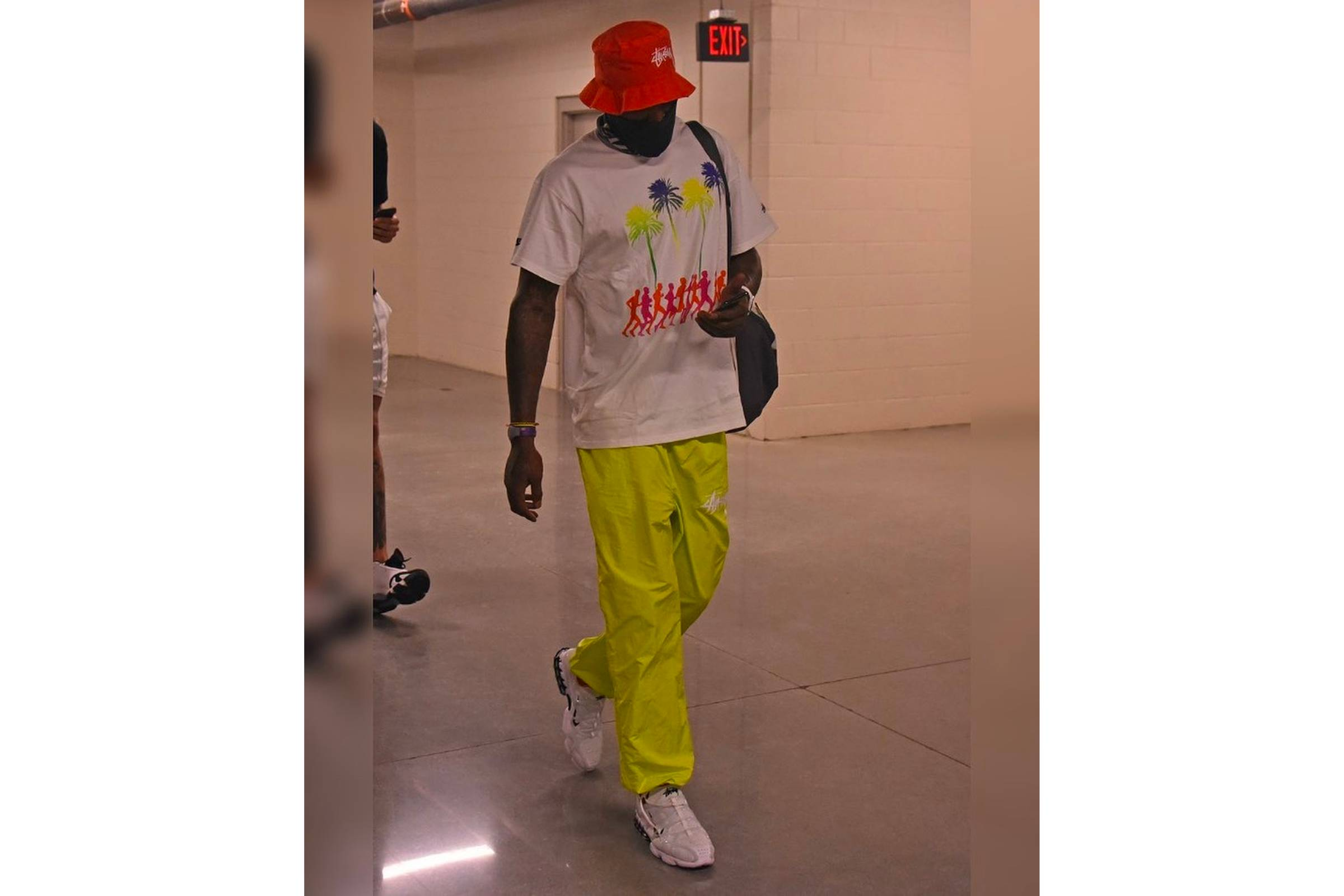 "J.R. Goes ""Mannequin Fit"""