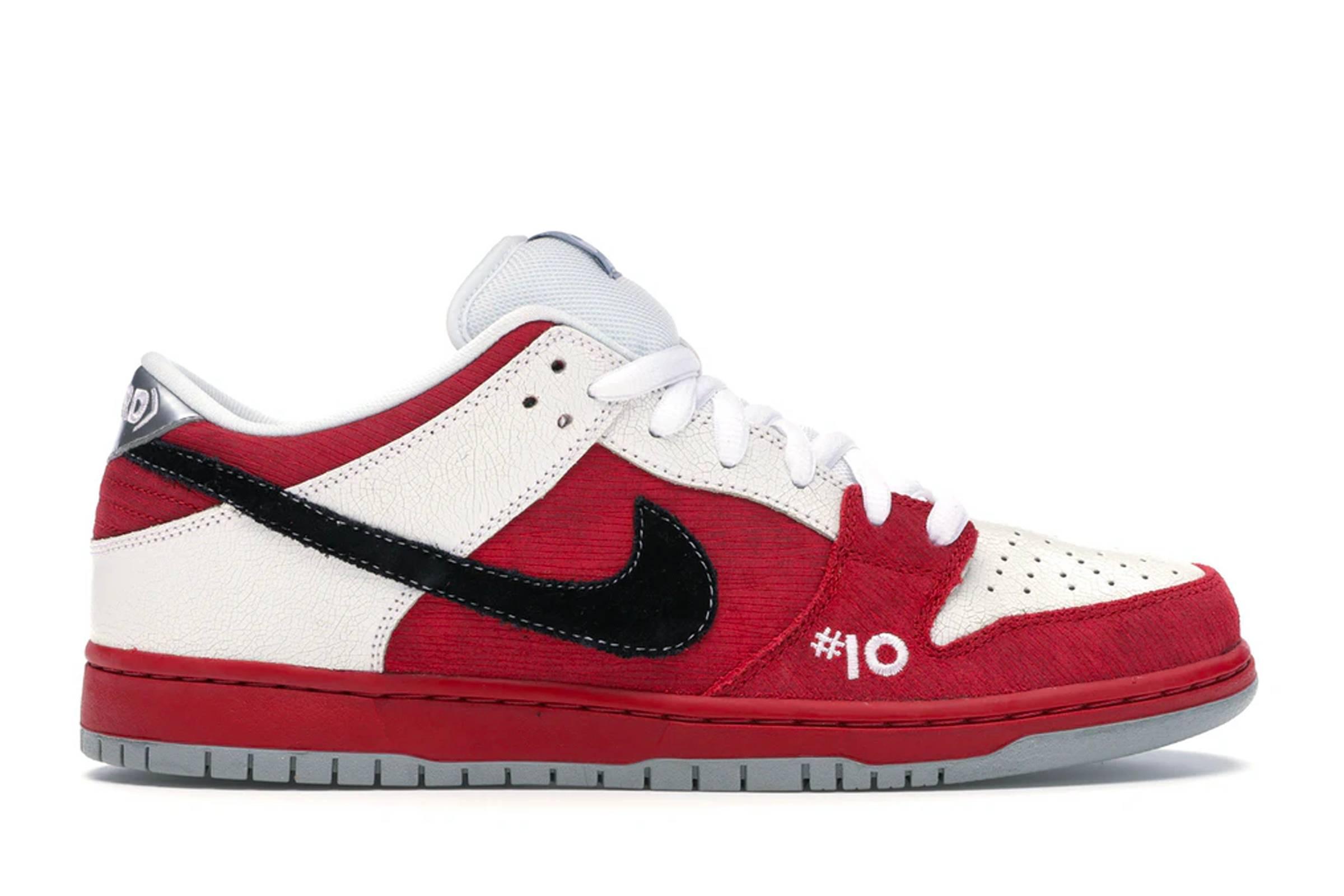 "Nike SB Dunk Low ""Roller Derby"""