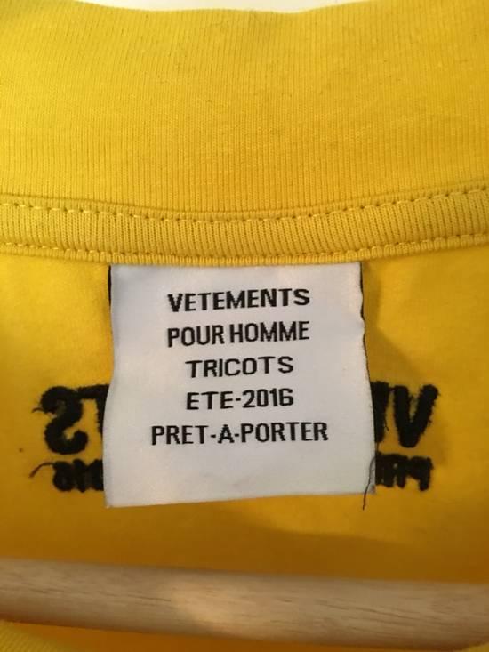 Vetements DHL Tee Size US L / EU 52-54 / 3 - 2