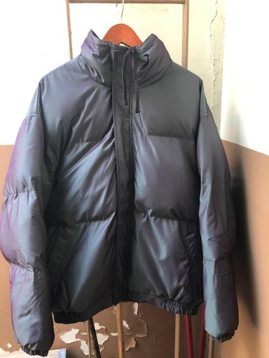 Pacsun Fear of god essentials puffer jacket-iridescent Size US L / EU 52-54 / 3 - 2
