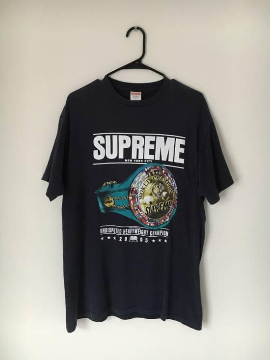 Supreme Supreme 2005 World Heavyweight Champions Tee Size US L / EU 52-54 / 3