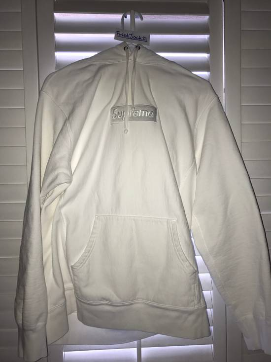 Supreme Supreme white on white box logo hoodie Size US L / EU 52-54 / 3 - 2