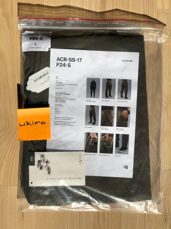 Acronym Acronym P24-S RAF green size L mint condition Size US 34 / EU 50