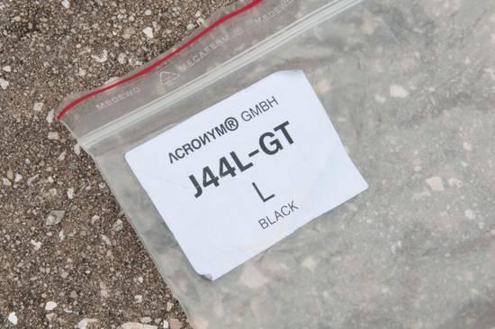 Acronym Acronym J44L-GT Size US L / EU 52-54 / 3 - 15