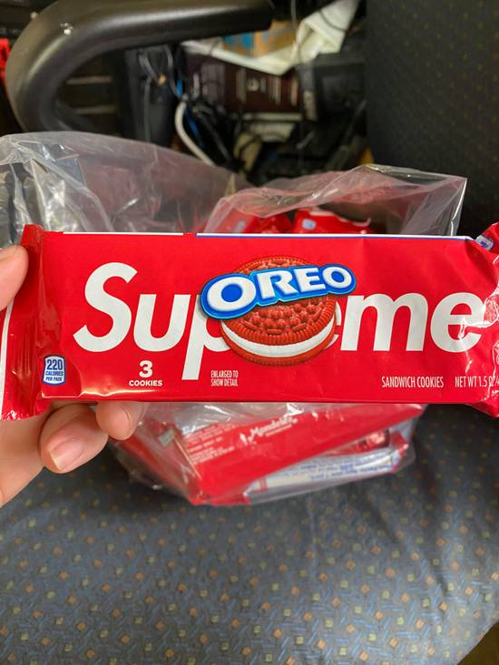 Supreme Oreo Cookies Size ONE SIZE