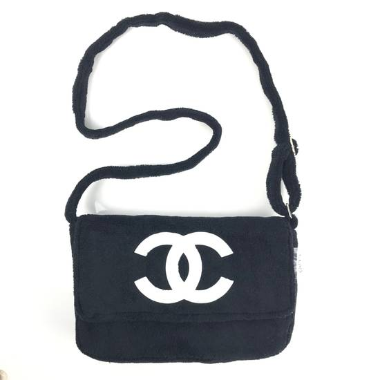 Chanel CHANEL PRECISION BEAUTE VIP CROSSBODY SHOULDER BAG Size ONE SIZE