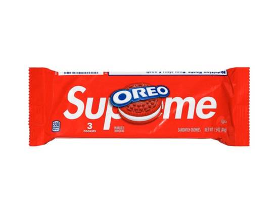 Supreme Supreme OREO Cookies 1 Pack of 3 Cookies Size ONE SIZE - 1