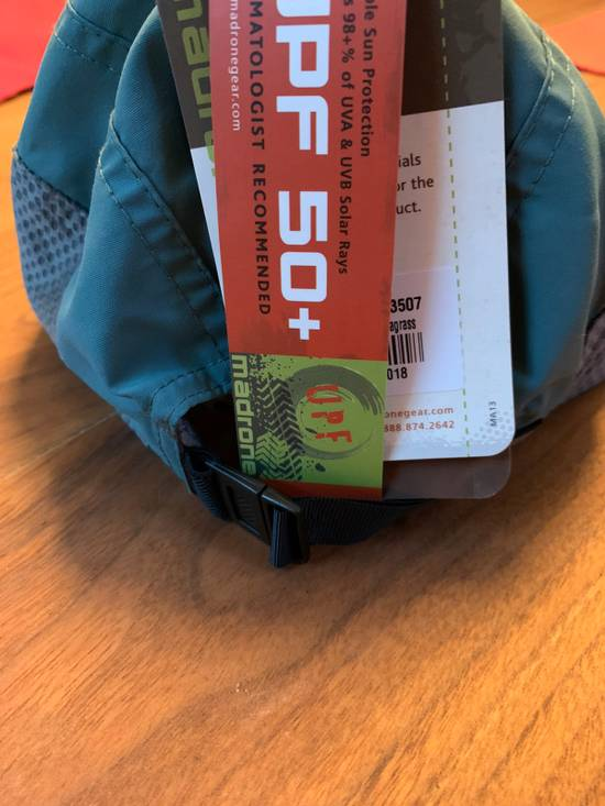 Unbranded New hat SPF 50 Athletic Adjustable Madrone Size ONE SIZE - 2