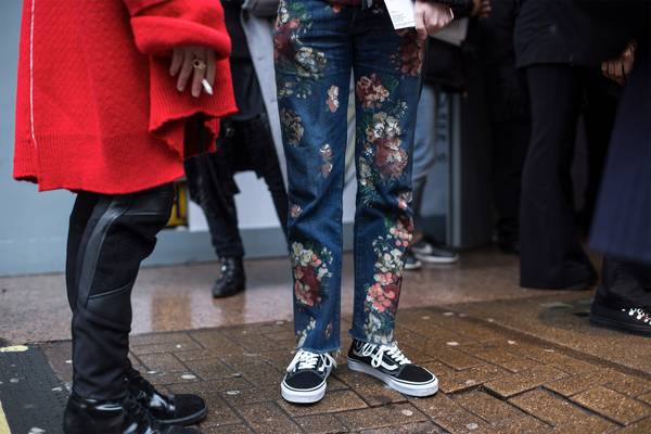 London Fashion Week Street Style: Fall/Winter 2017 Part. II