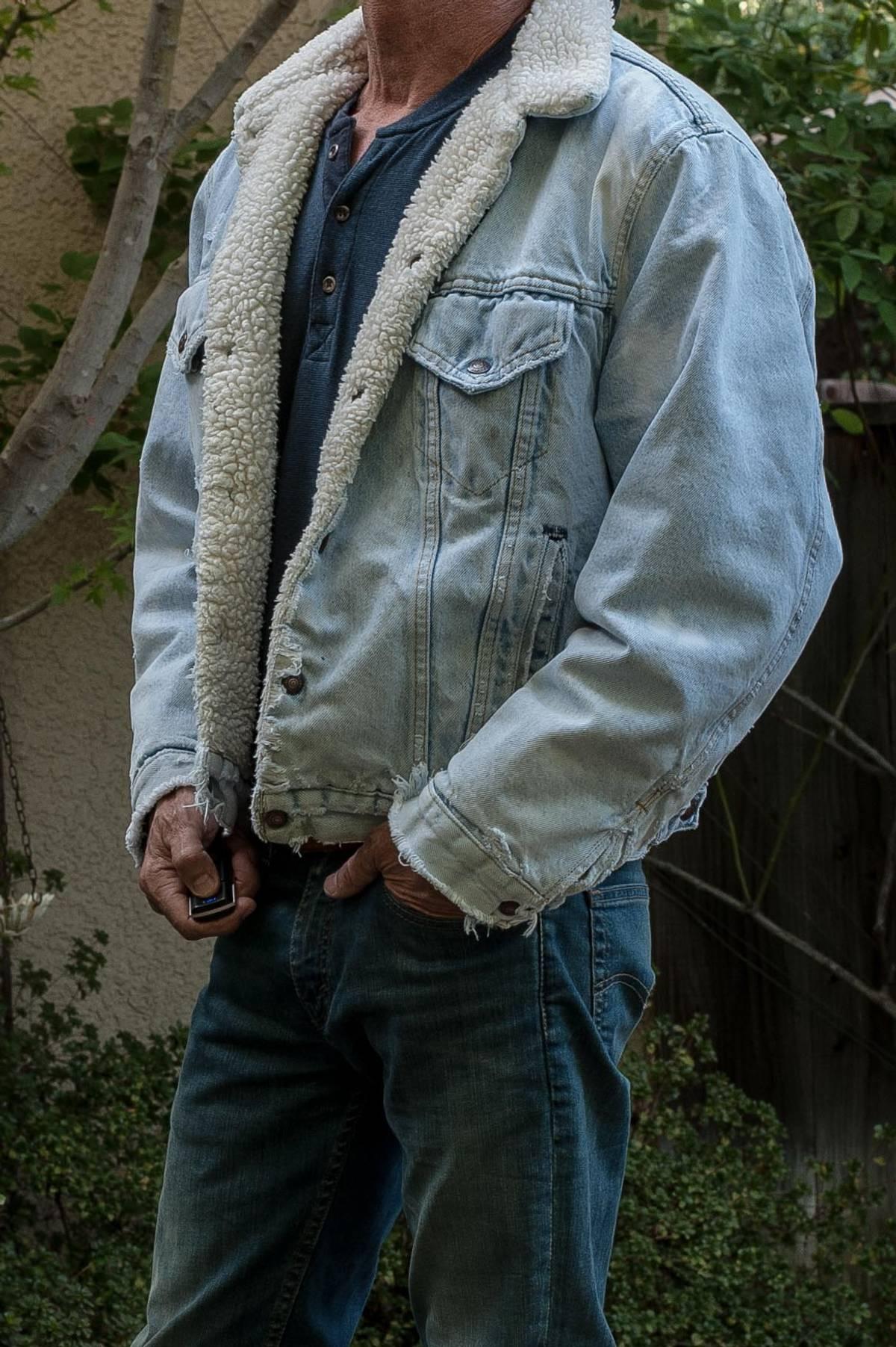 bd8408a299fcd Levi s. Vintage Levis Distressed Sherpa Fleece Lined Distressed Jean Jacket  ...