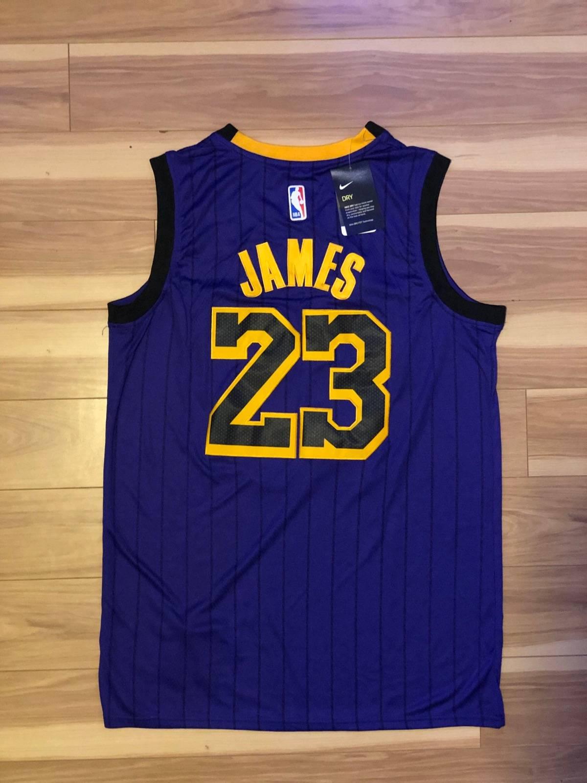 online retailer 7fb43 920b9 Nike Nike Lebron James Laker Jersey Size L $49