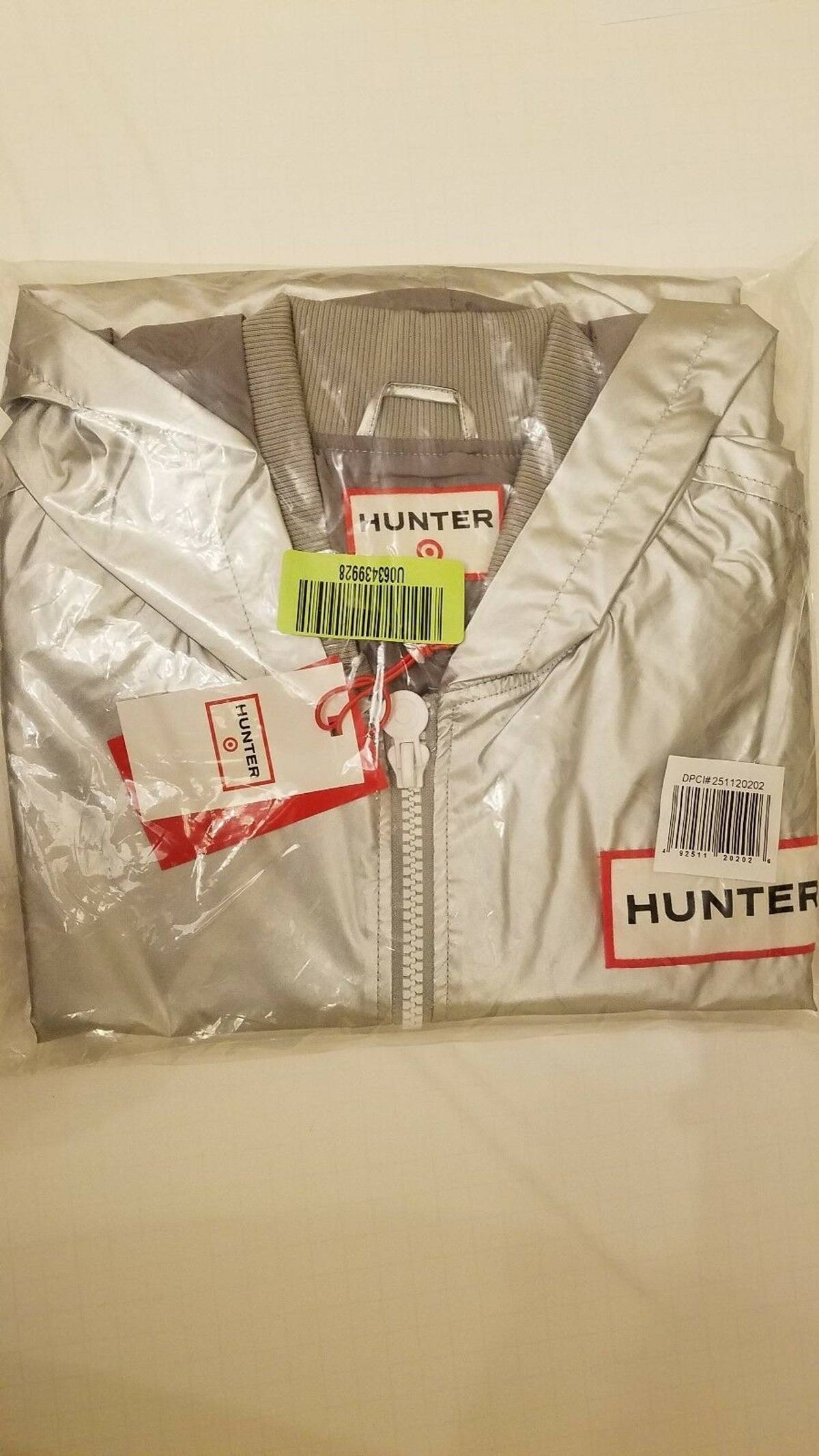 36ece370b Hunter Limited Edition Nwt Hunter X Target Metallic/Silver Light Weight  Jacket Size M $44