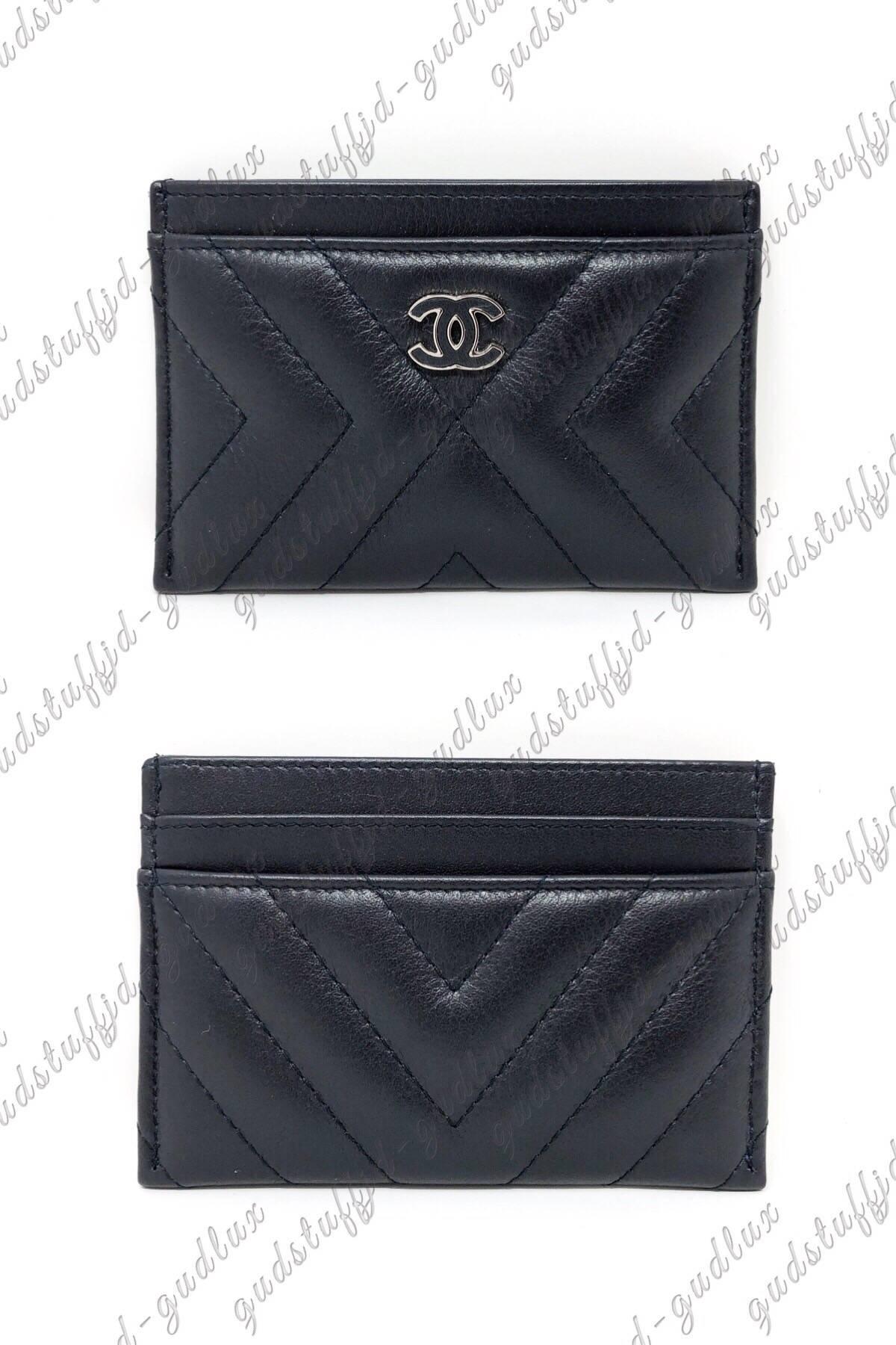 902e8d8697c0 Chanel ×. NWT Horizontal Chevron Card Case/Holder in Black Lambskin ...