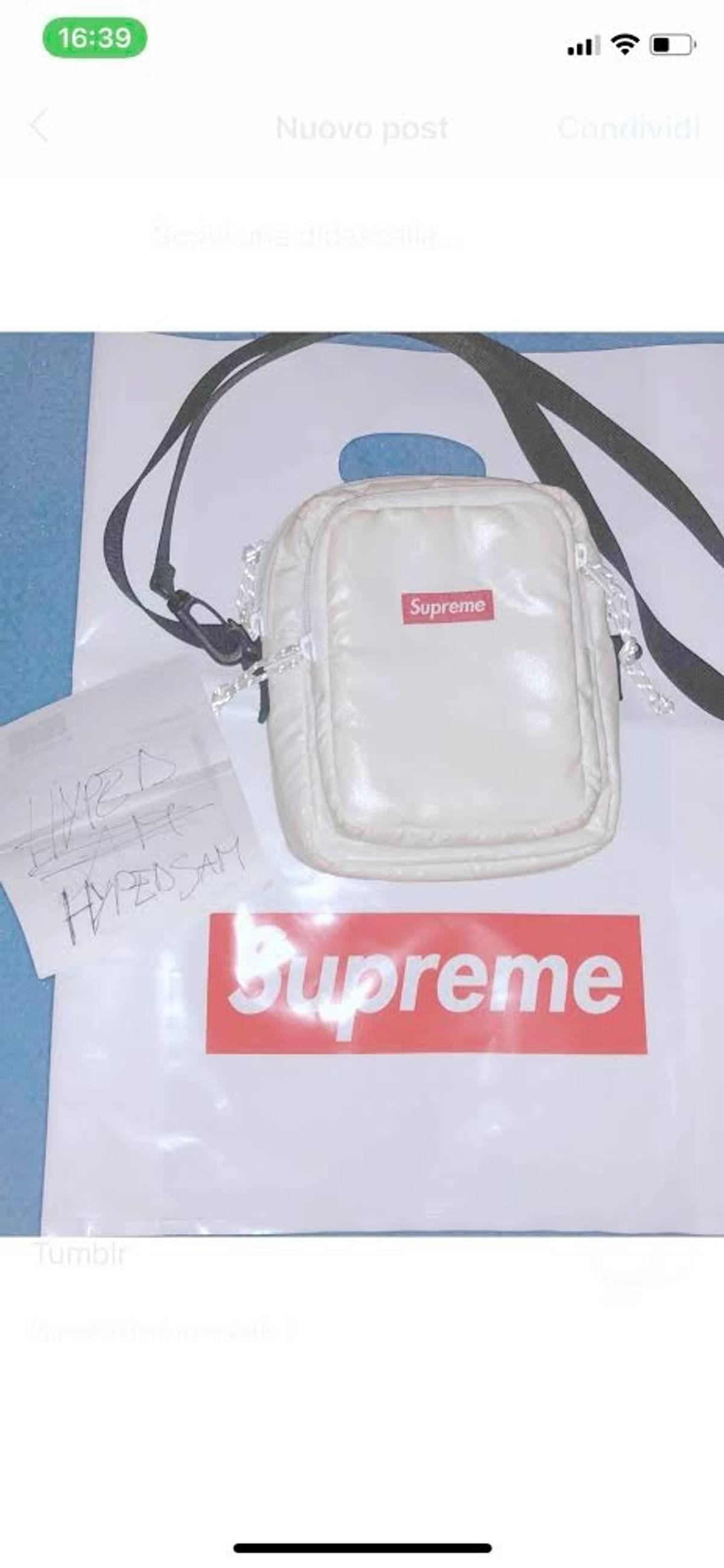 outlet 4a70f 3a104 Supreme Shoulder Bag Supreme / Borsello Supreme Size One Size $180
