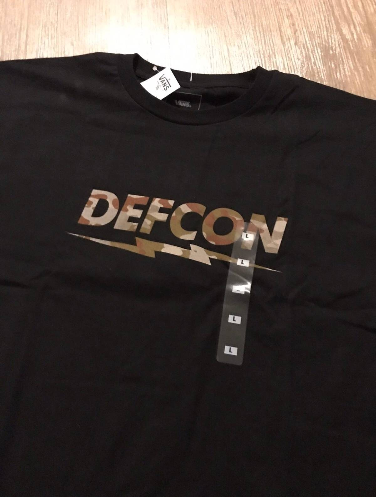 bf6c267493 Vans Vans X Defcon Multicam Tee Size l - Short Sleeve T-Shirts for Sale -  Grailed