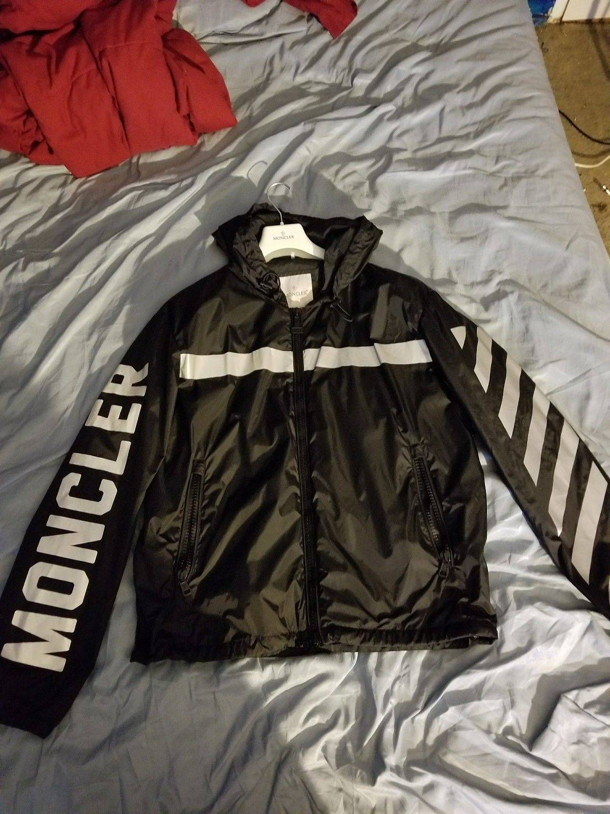 detailed pictures 923ab 544bf Moncler × Off White 3 M Stripped Windbreaker Hoodie Size L $437
