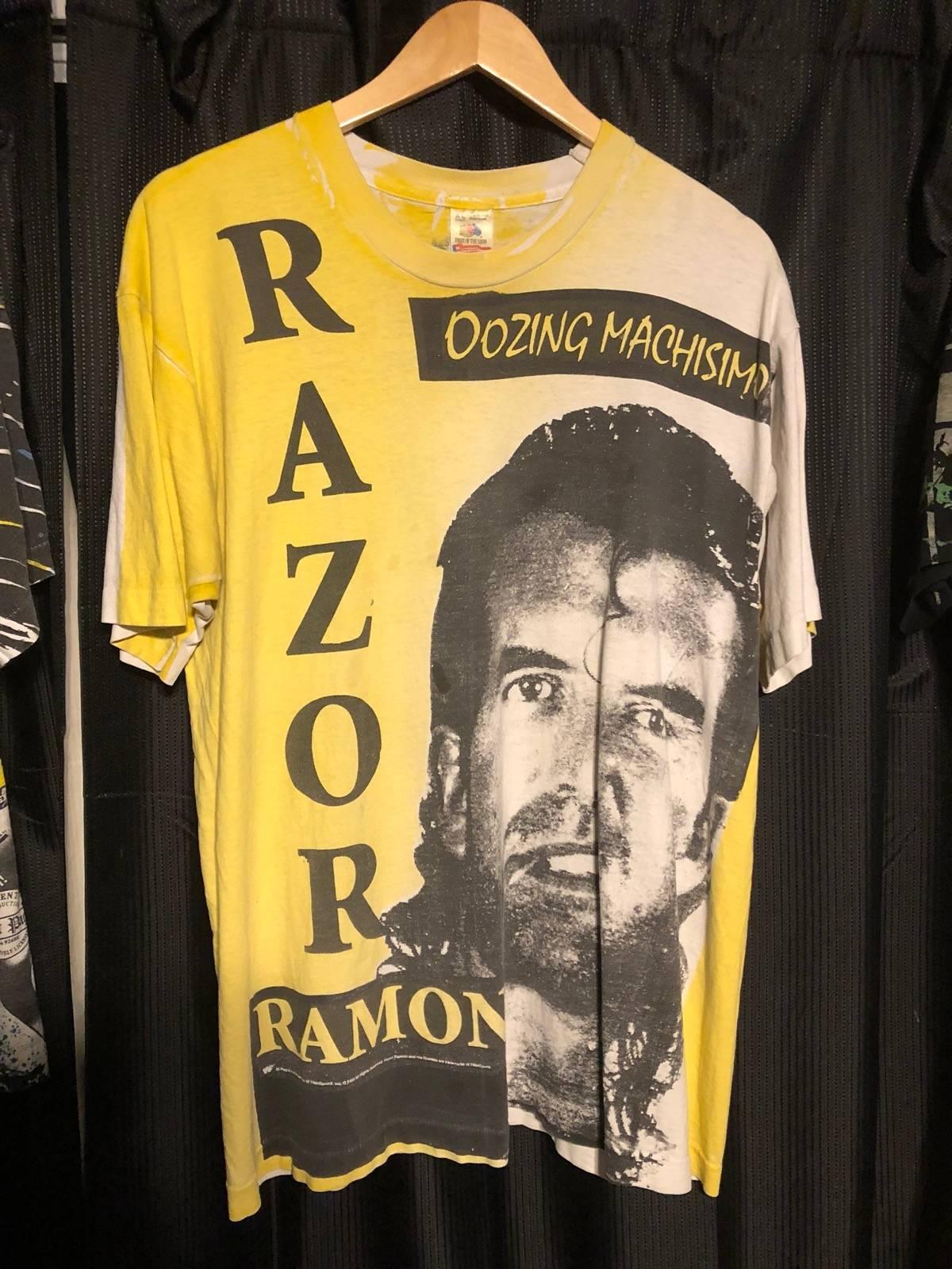 "Official WWE Authentic Razor Ramon /""Oozing Machismo/"" Retro T-Shirt Yellow Small"