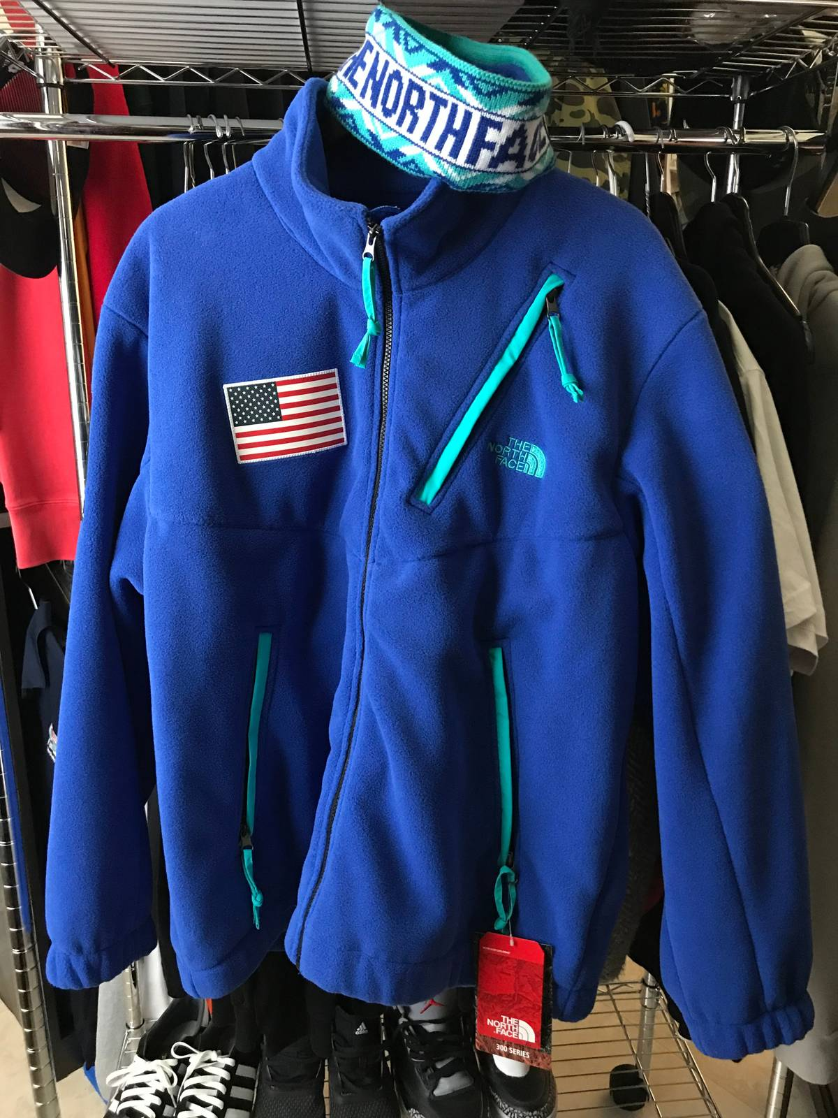 Supreme fw17 North Face Blue Fleece Jacket Size xl - Light Jackets for Sale  - Grailed 702db9bb9