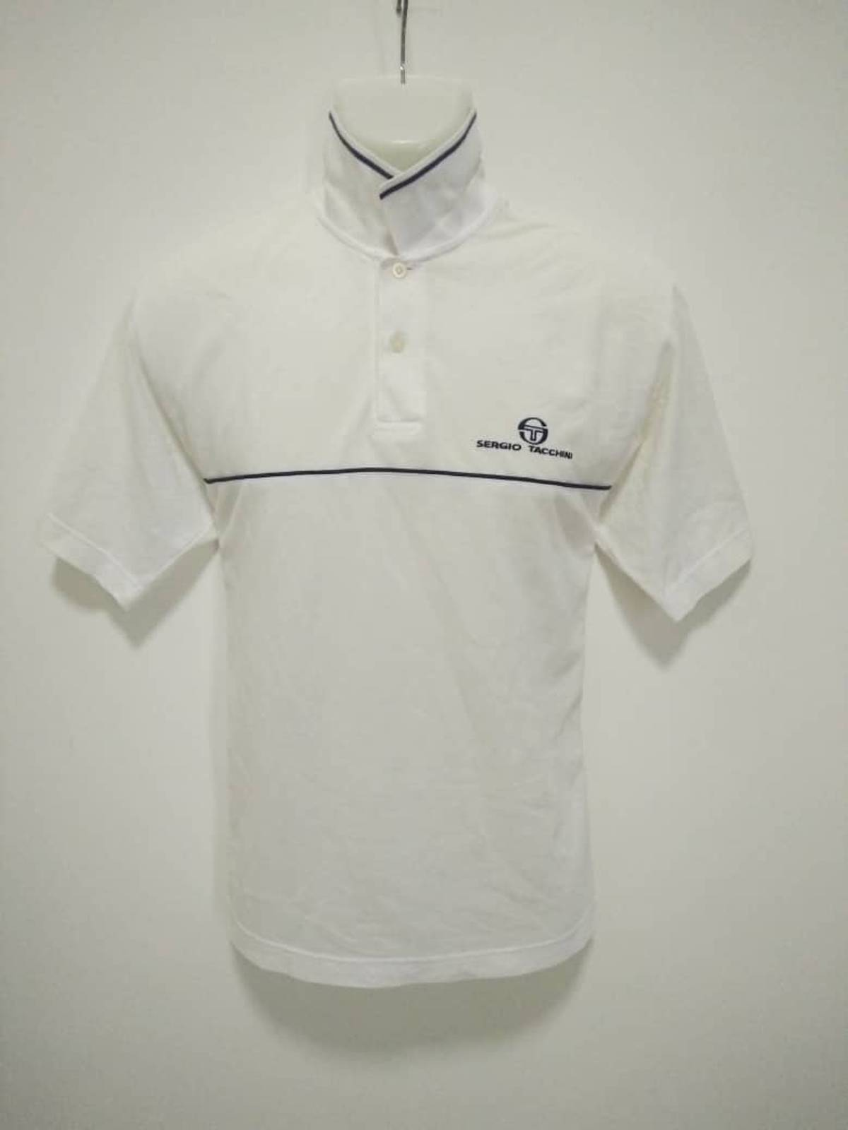 58383c5b9e43 Italian Designers Sergio Tacchini Polo Shirt ITALIAN FASHION DESIGNER White  Tennis Polo Shirt Medium Size Fila Bjorn Borg Tacchini Tennis Lab Edition  ...