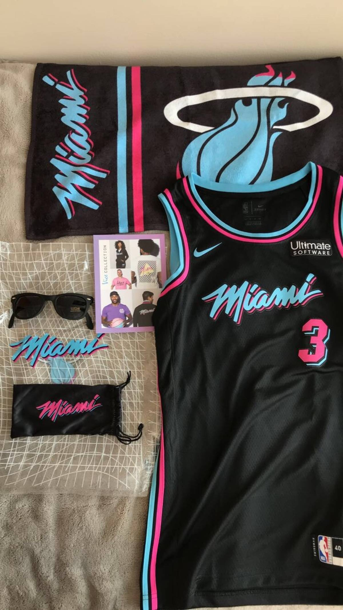 new style c1256 c210d Nike Dwyane Wade Adult Vice Night Jersey Size S $140