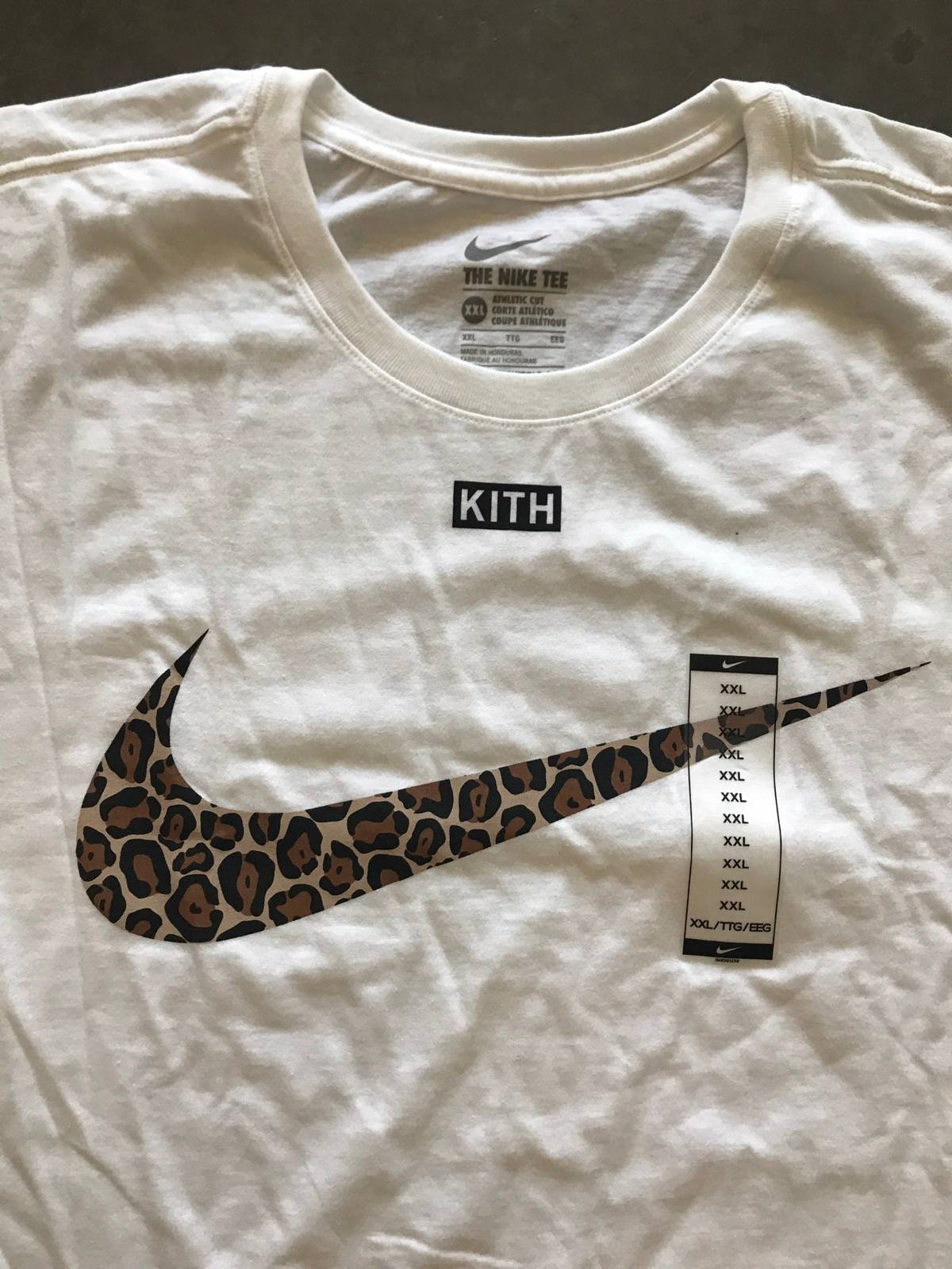 watch 856af 83e5d Nike Kith x Nike swoosh Tee