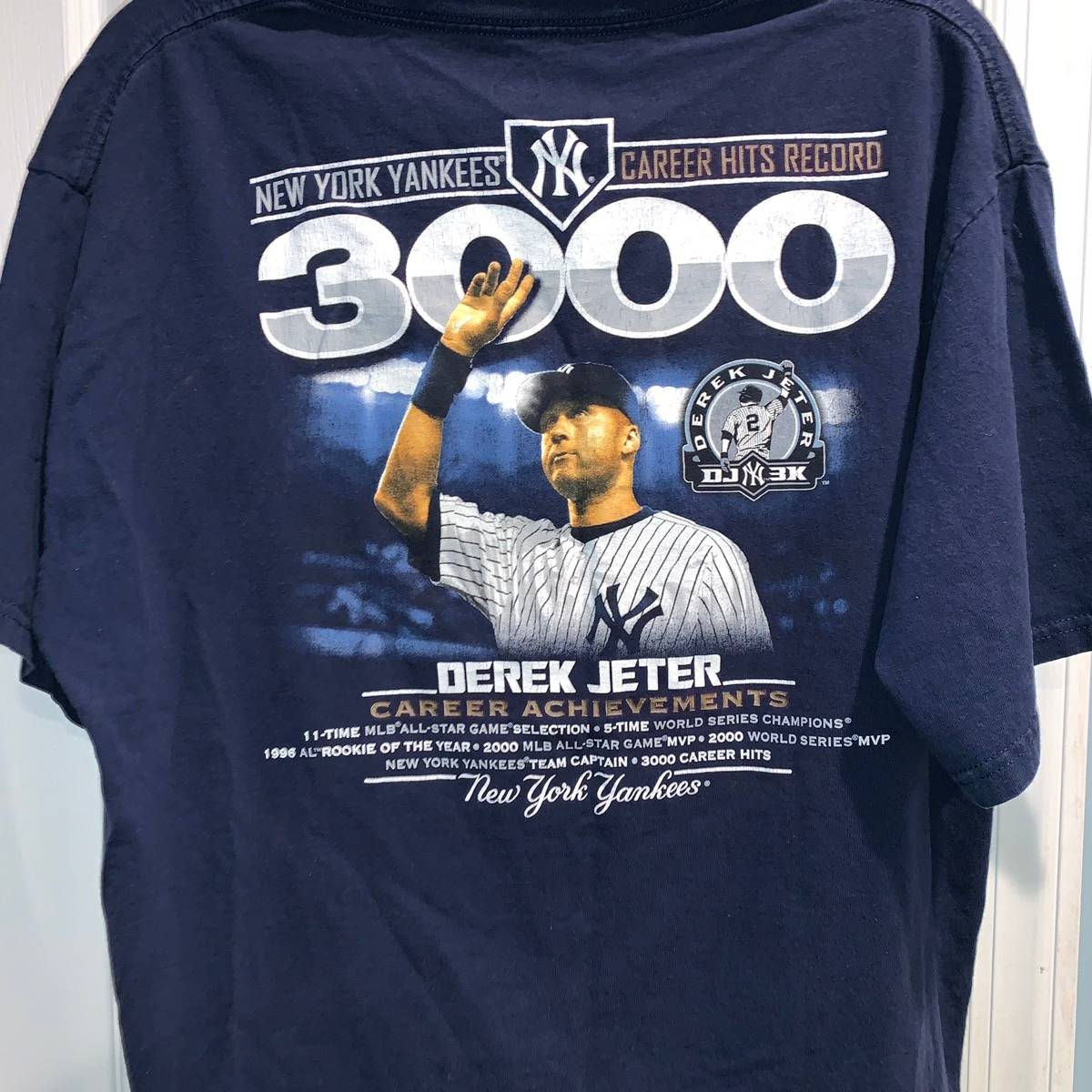 new product ec3f5 972f7 Majestic × New York Yankees × Vintage Vintage Derek Jeter Ny Yankees  Achievement Shirt Size L $22