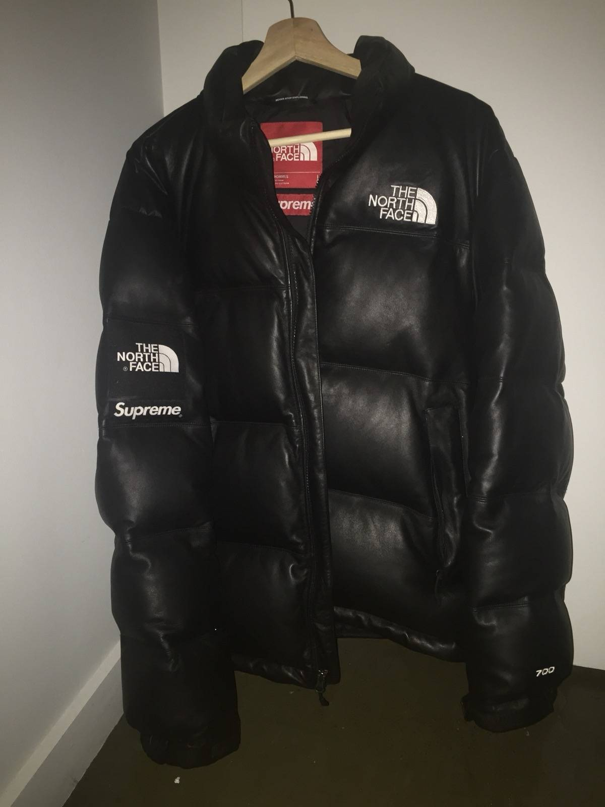 Supreme Supreme x The North Face Leather Nuptse Jacket Black Size l - Leather  Jackets for Sale - Grailed 7a59f3030
