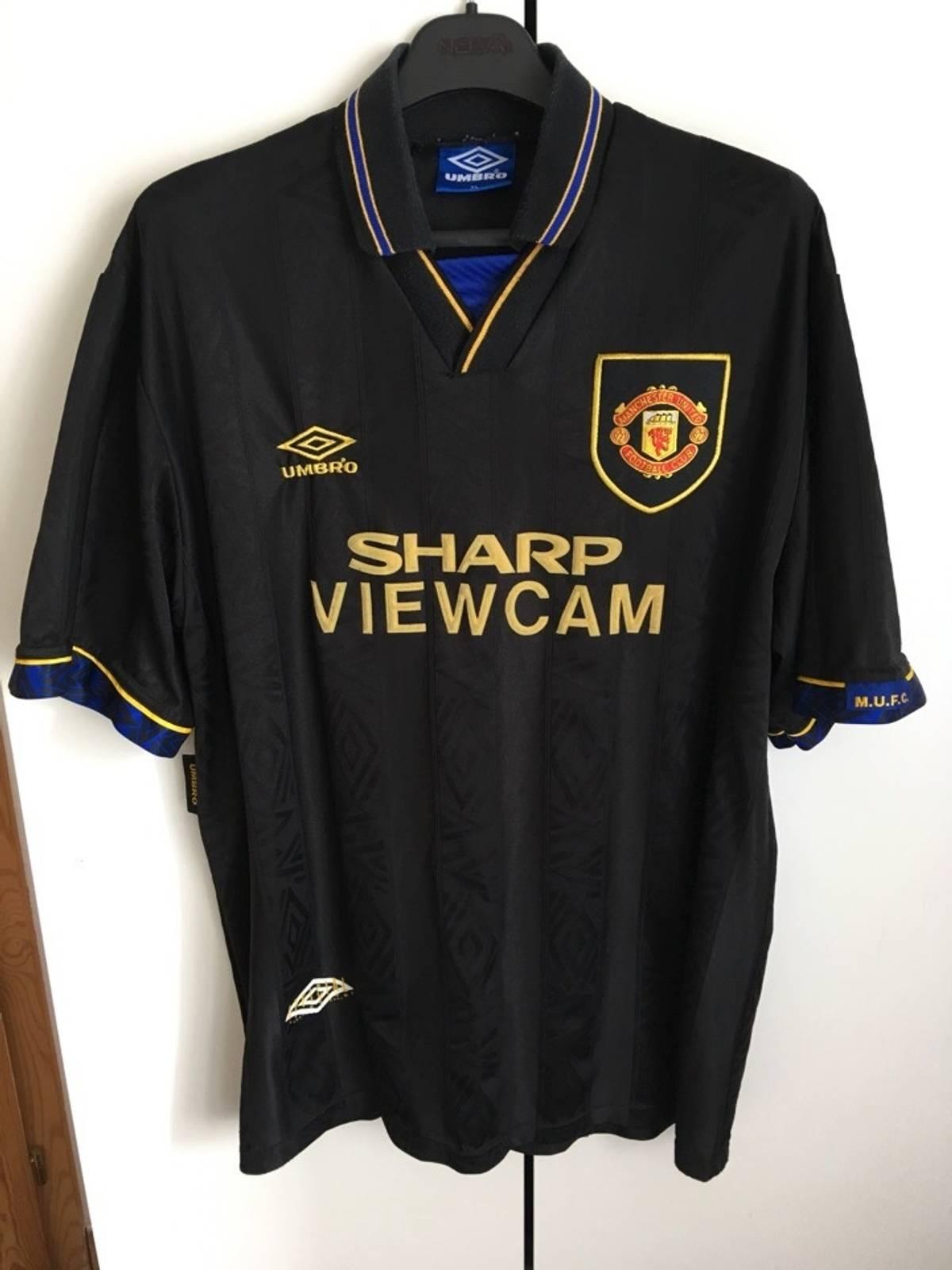 91beaae65 Vintage Manchester United Football Shirts - DREAMWORKS