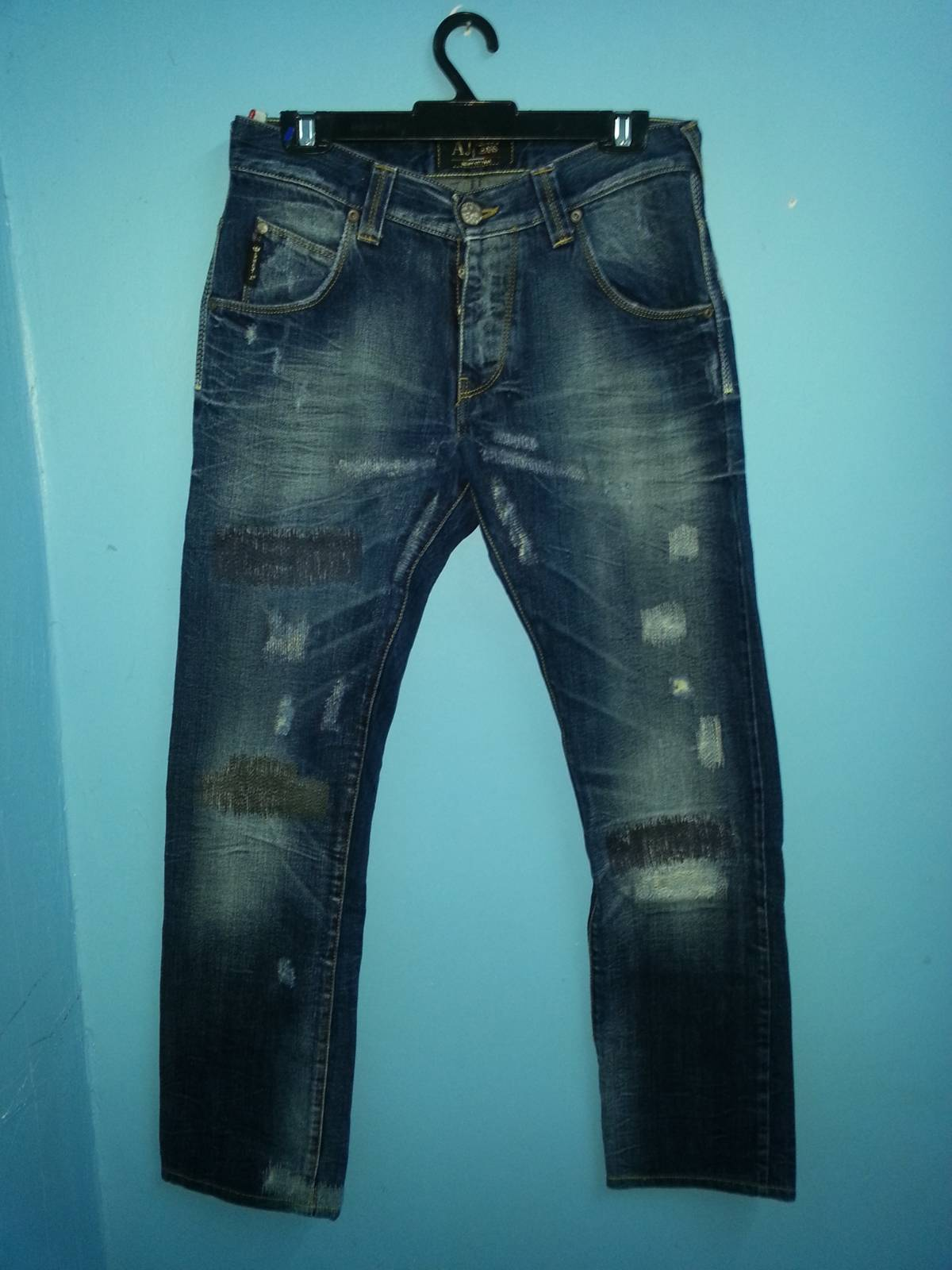 size 40 f1838 acf05 Armani Armani Jeans Limited Edition Selvedge Size 29 $340