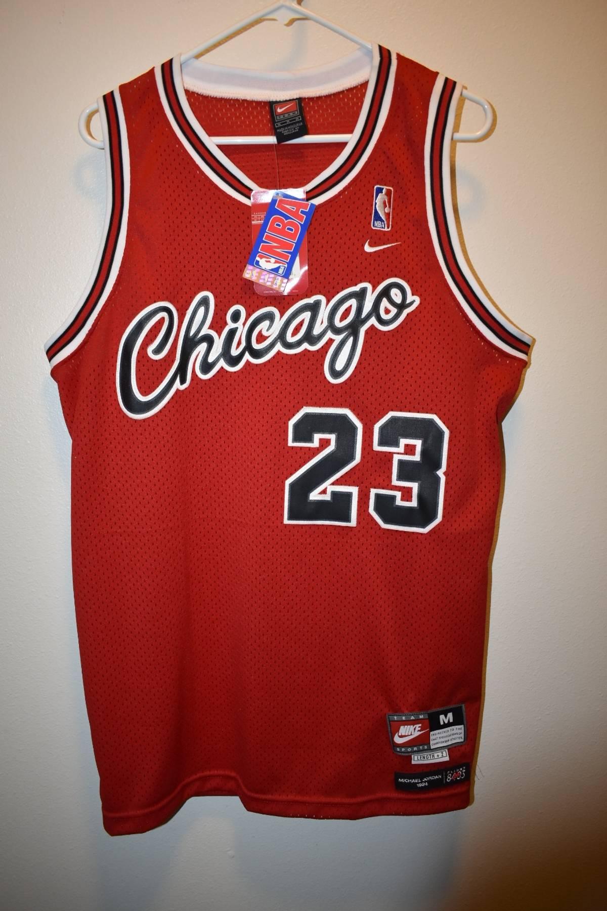 innovative design 31163 8f39f Nike Nike Jordan Jersey Size M $54
