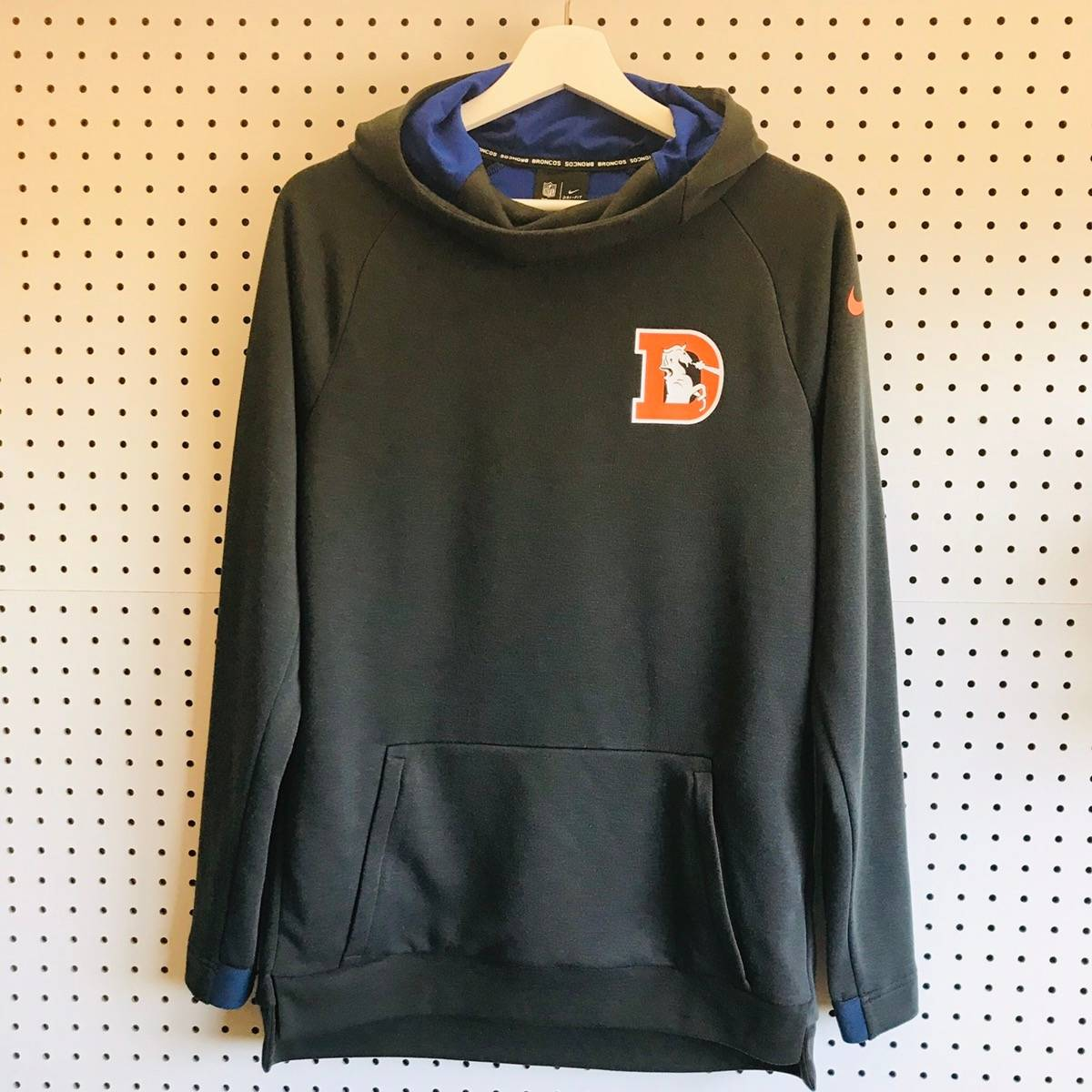 newest collection 02c00 0f4cf Nfl × Nike Broncos Retro Hoodie Nfl Team Apparel X Nike Dri Fit Size S $32