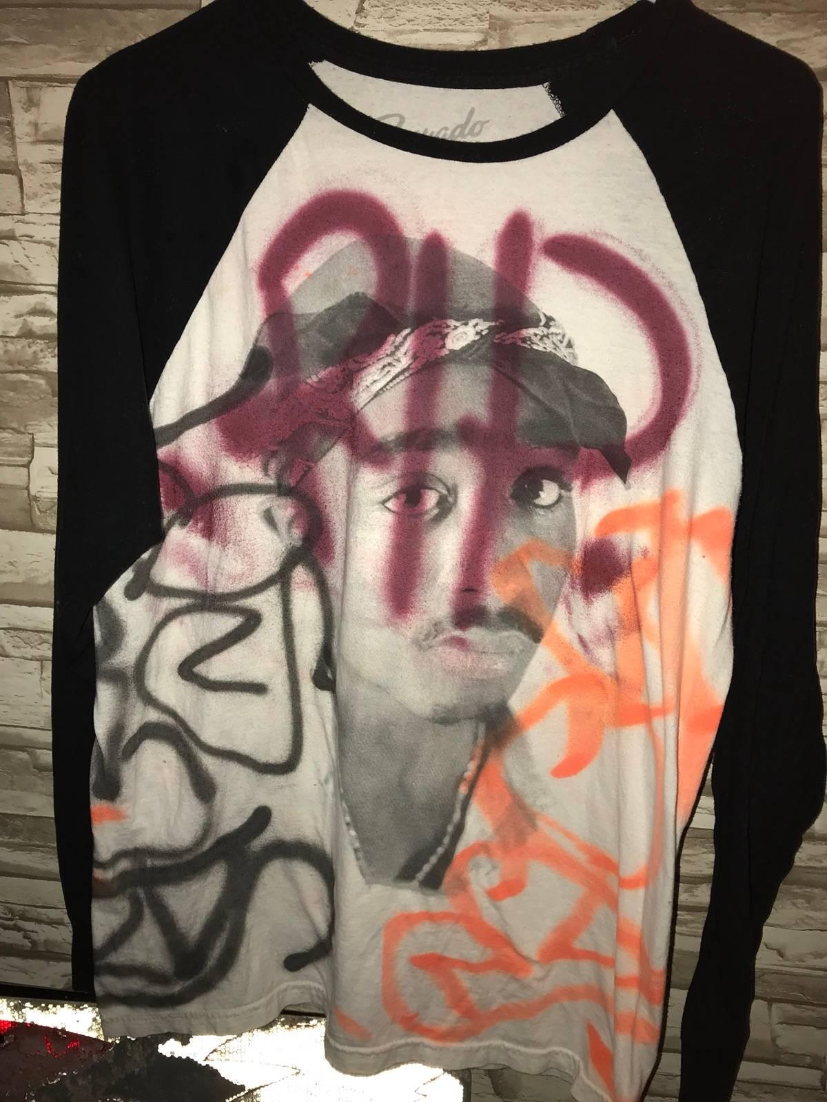 Vintage 2pac Custom Graffiti Longsleeve Size L Long Sleeve T