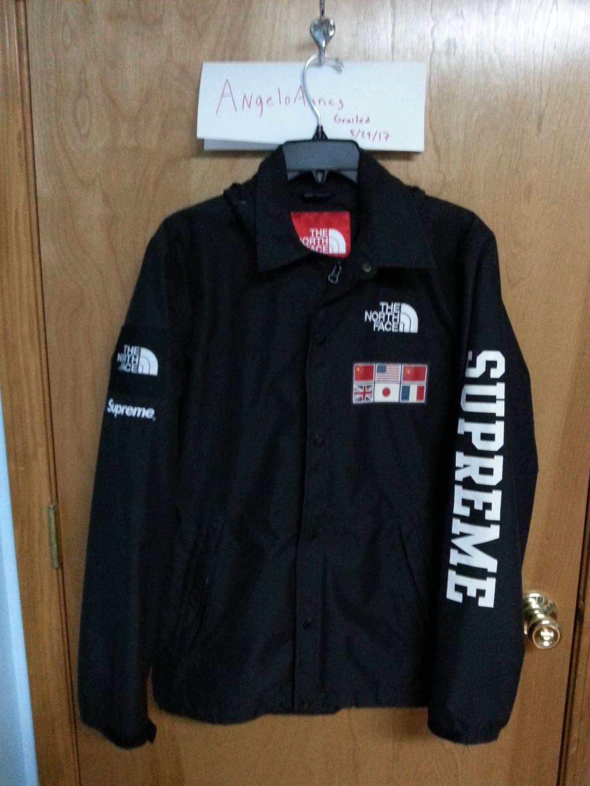 Supreme Supreme x The North Face 2014 Black Expedition Coaches Jacket Size  s - Light Jackets for Sale - Grailed cb7395f72