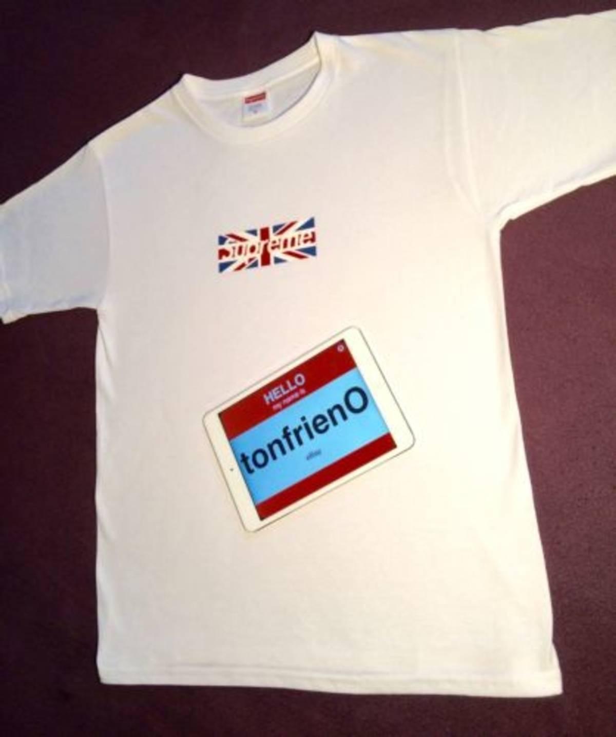 Supreme Supreme London Box Logo Tee Size m - Short Sleeve T-Shirts for Sale  - Grailed 098c3fb10