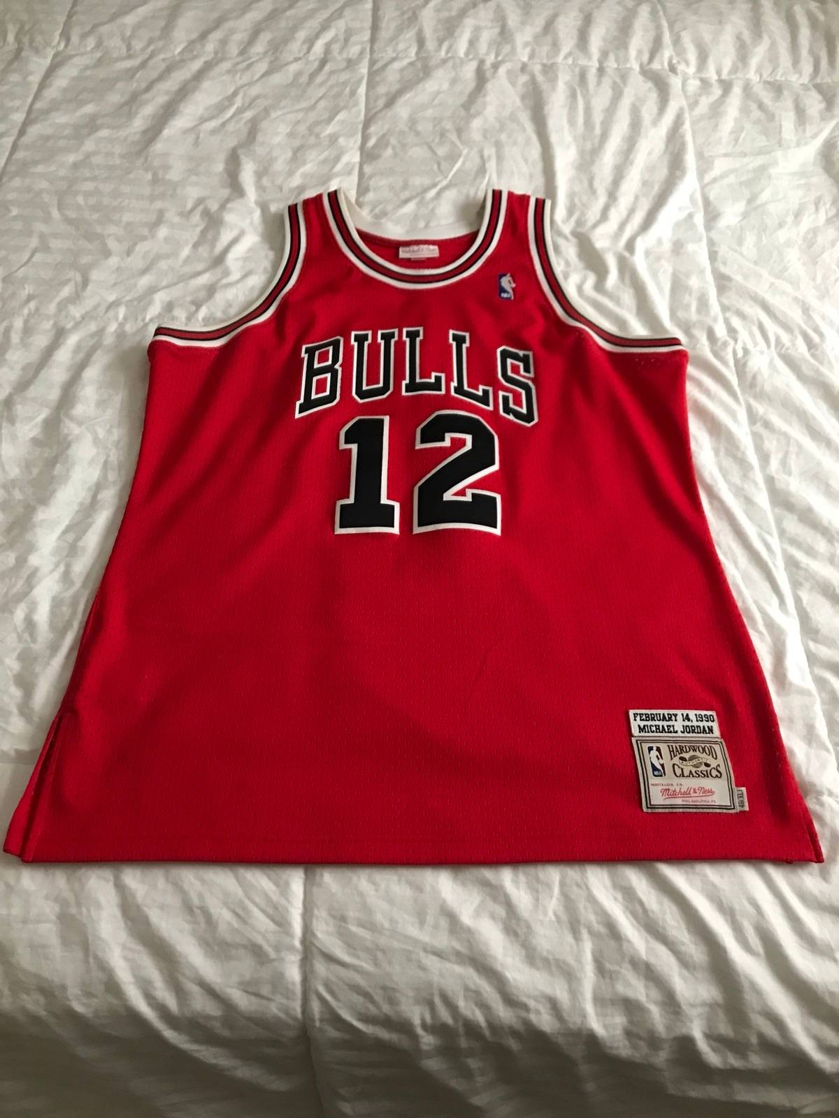 d669ed67578f Mitchell   Ness Men s Chicago Bulls Michael Jordan Mitchell   Ness Red  Hardwood Classics  12 Authentic Jersey Size xl - Jerseys for Sale - Grailed