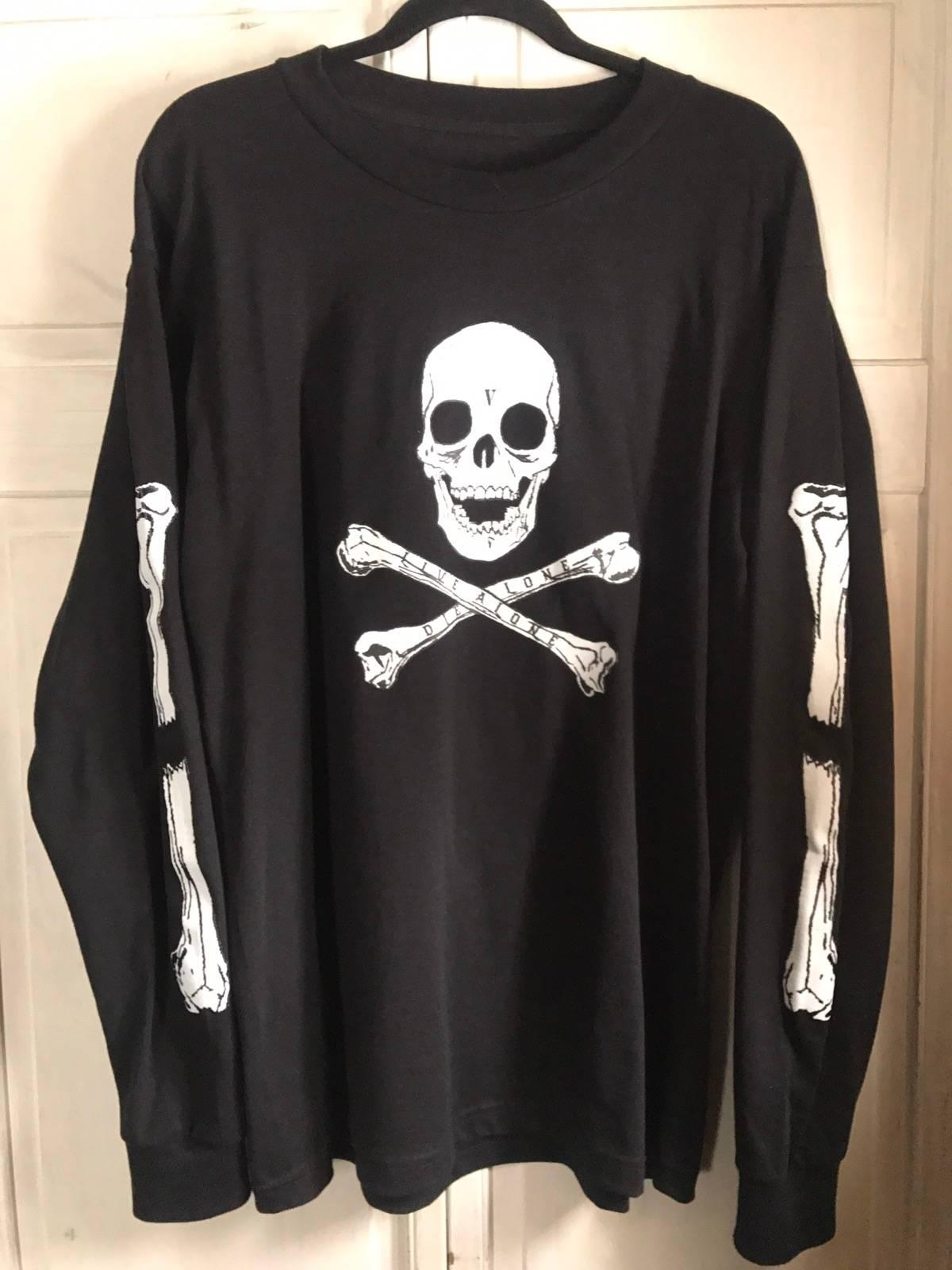 Vlone Vlone Black Friday Skull and Bones LS Size l - Long Sleeve T ... 602d8ef0da6
